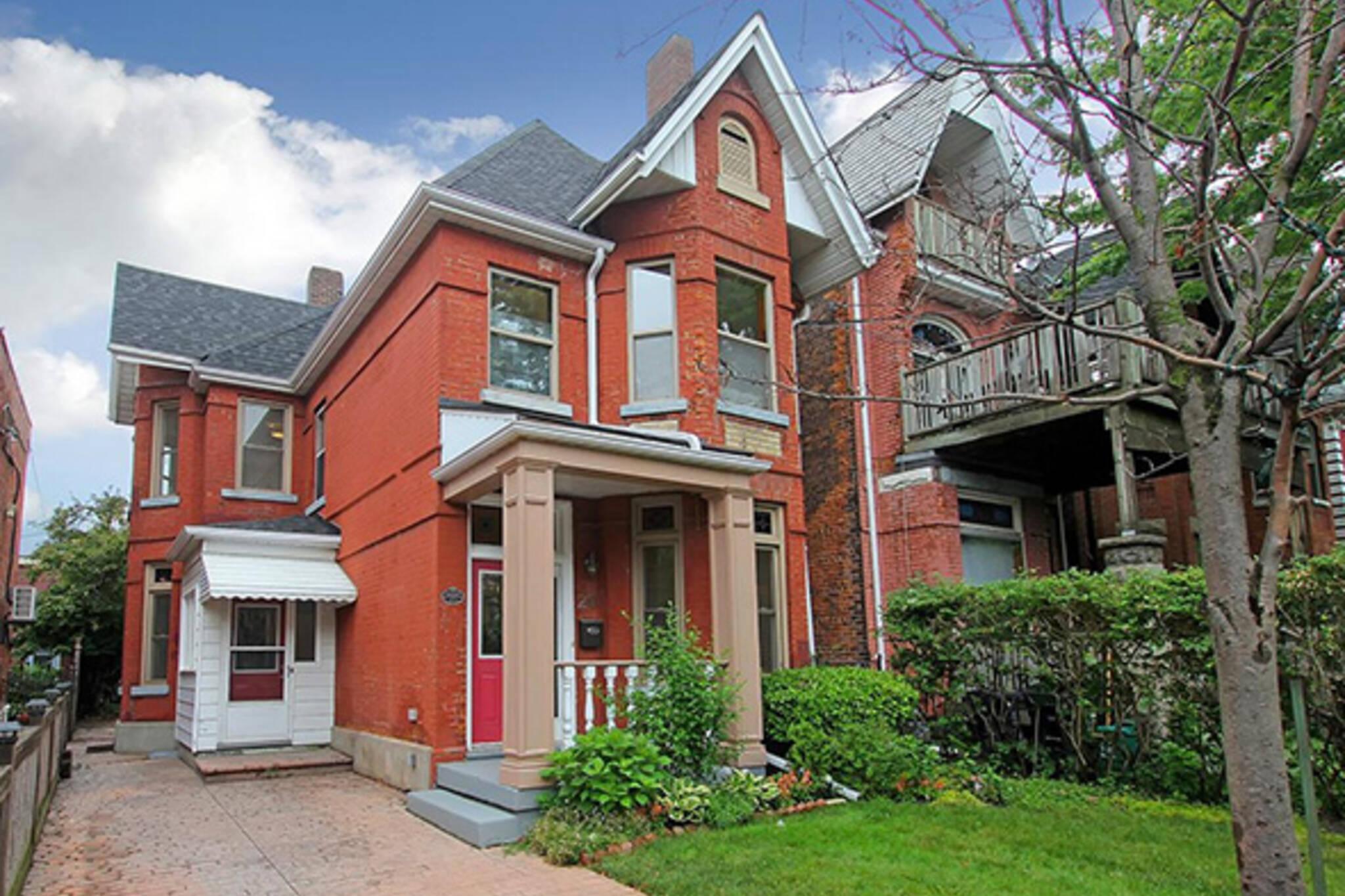 20 Beaconsfield Avenue Toronto