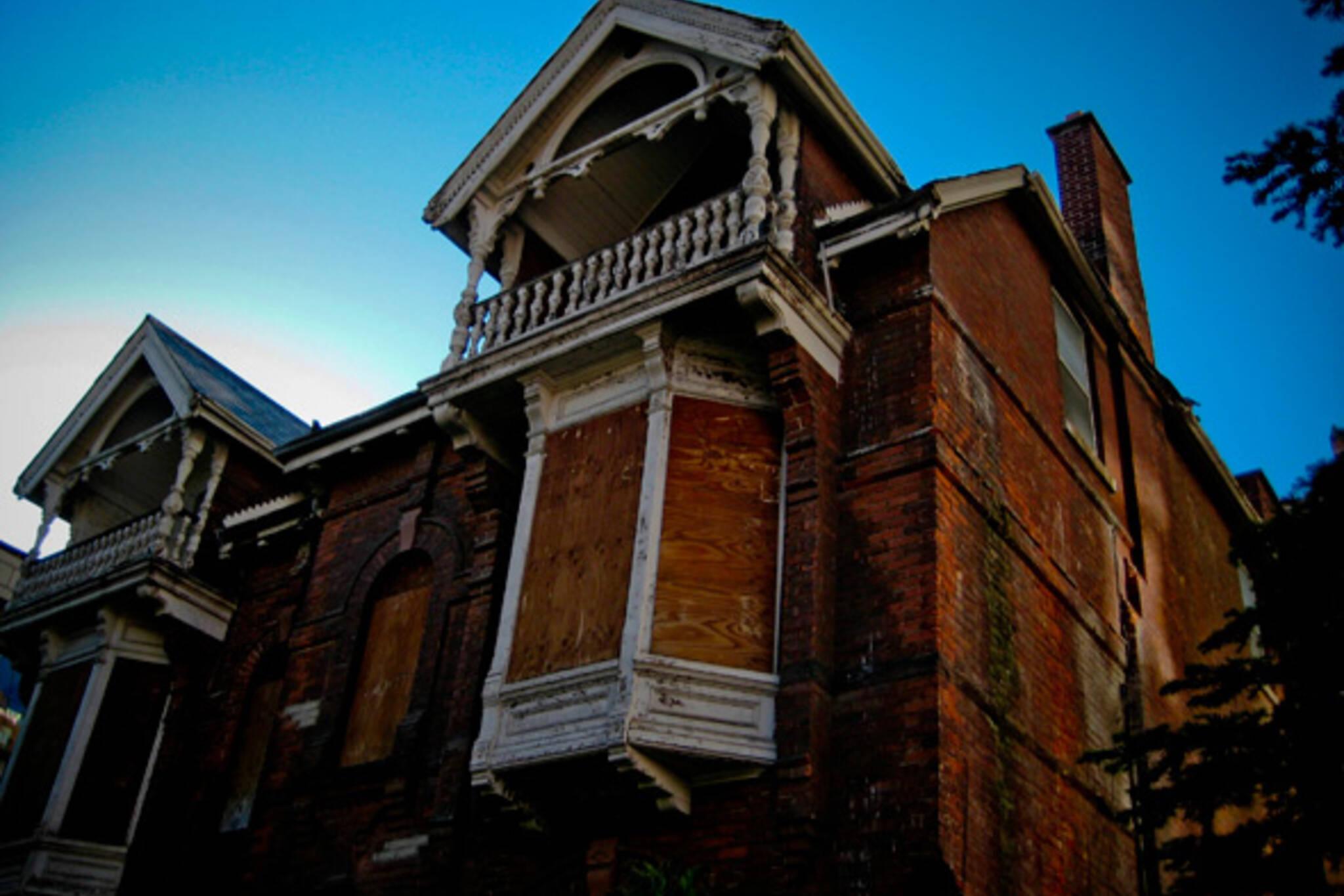 charles street mansion