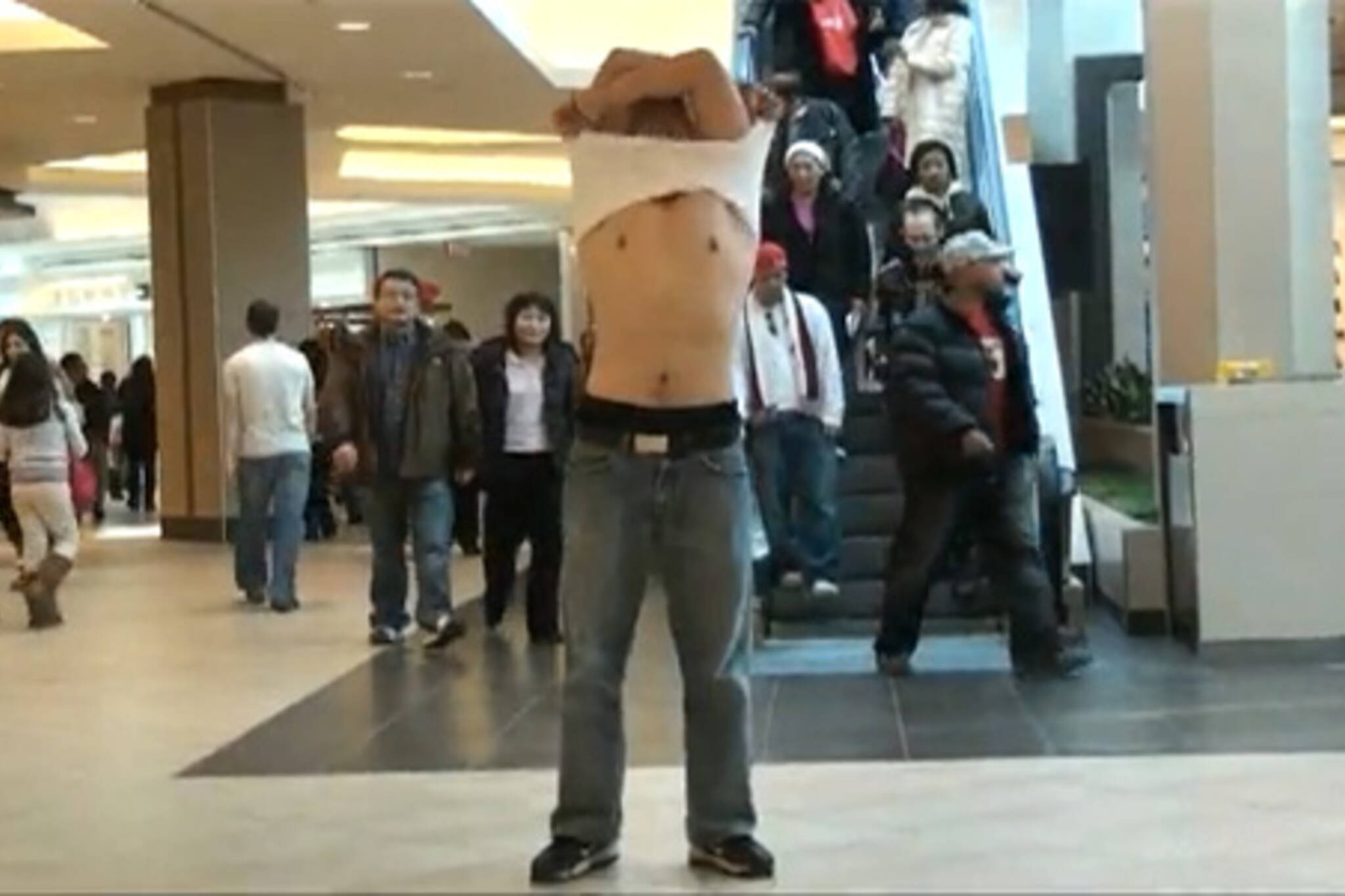 crazy asian guy dancing in public toronto