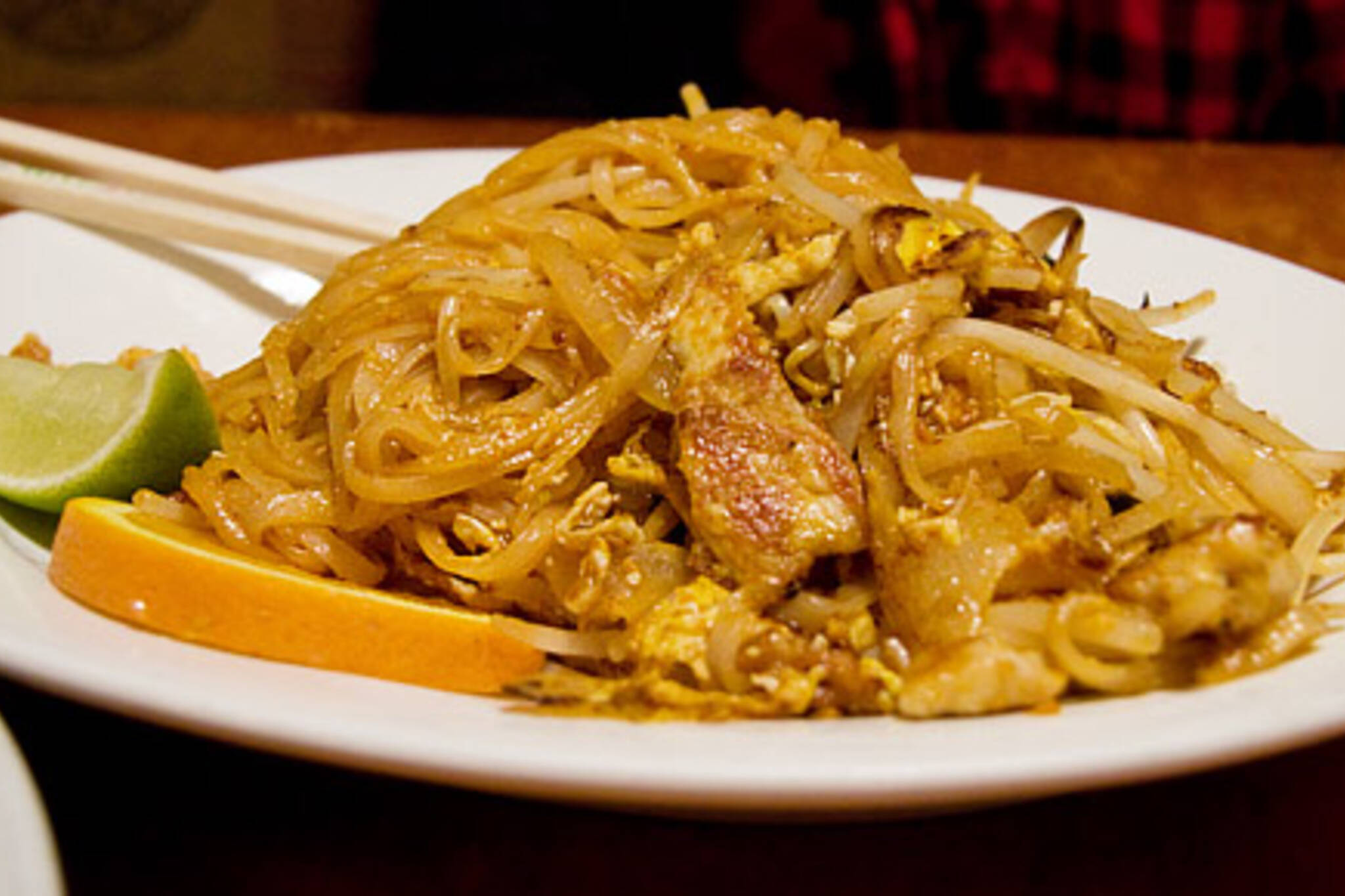 Chicken Pad Thai at Java House Cafe on Queen West