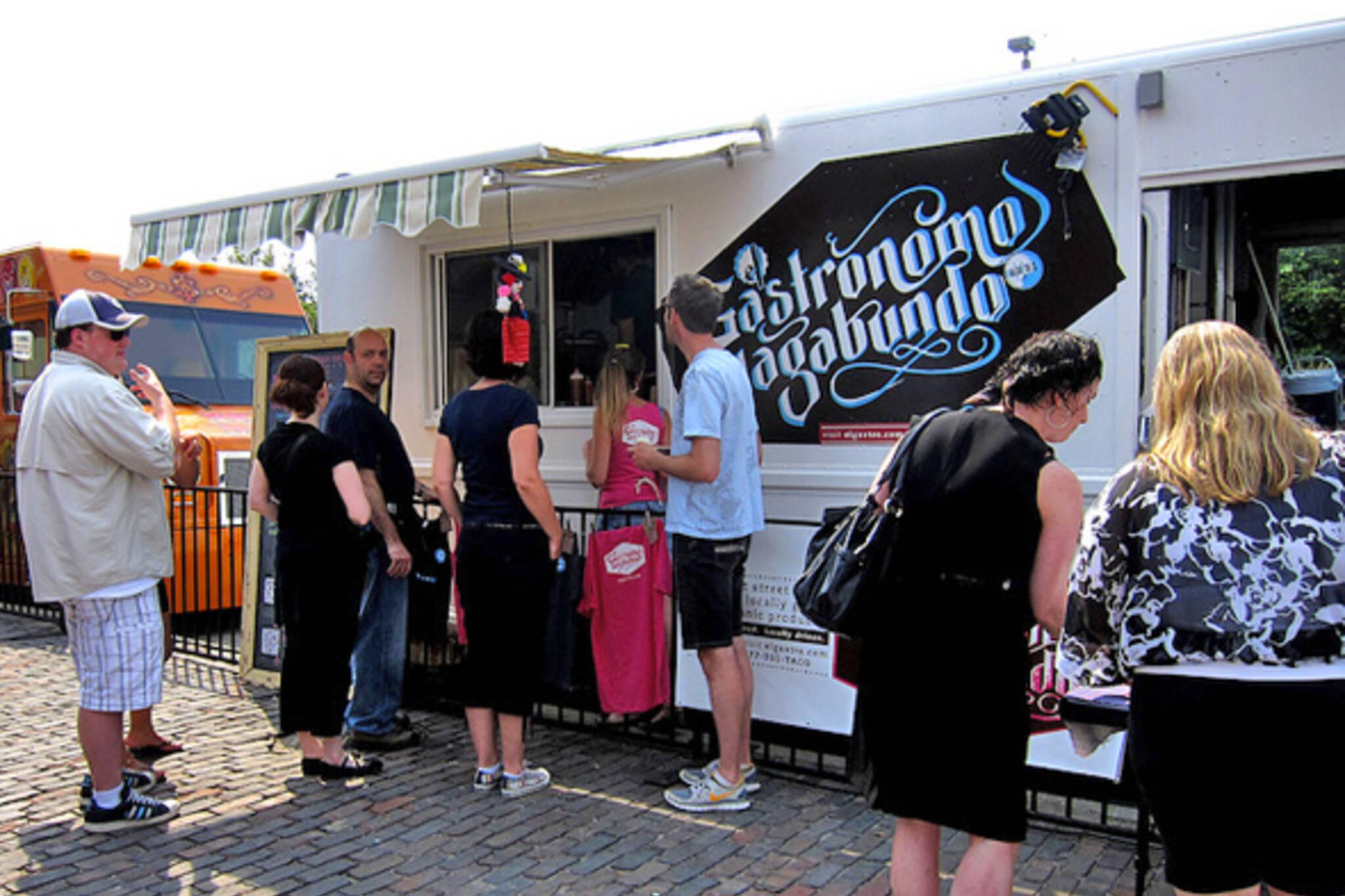 Food Trucks Yonge & Gould