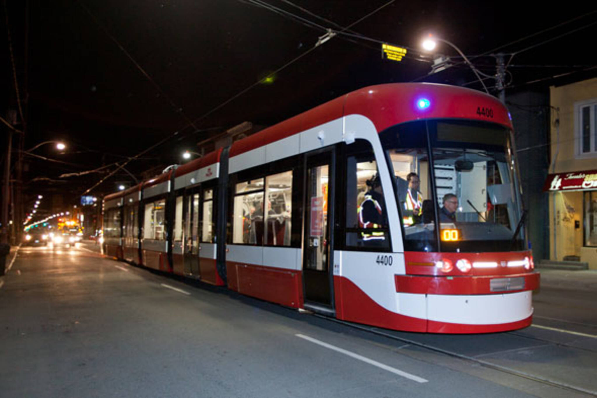 Ttc Conducts First Public Test Of New Streetcar