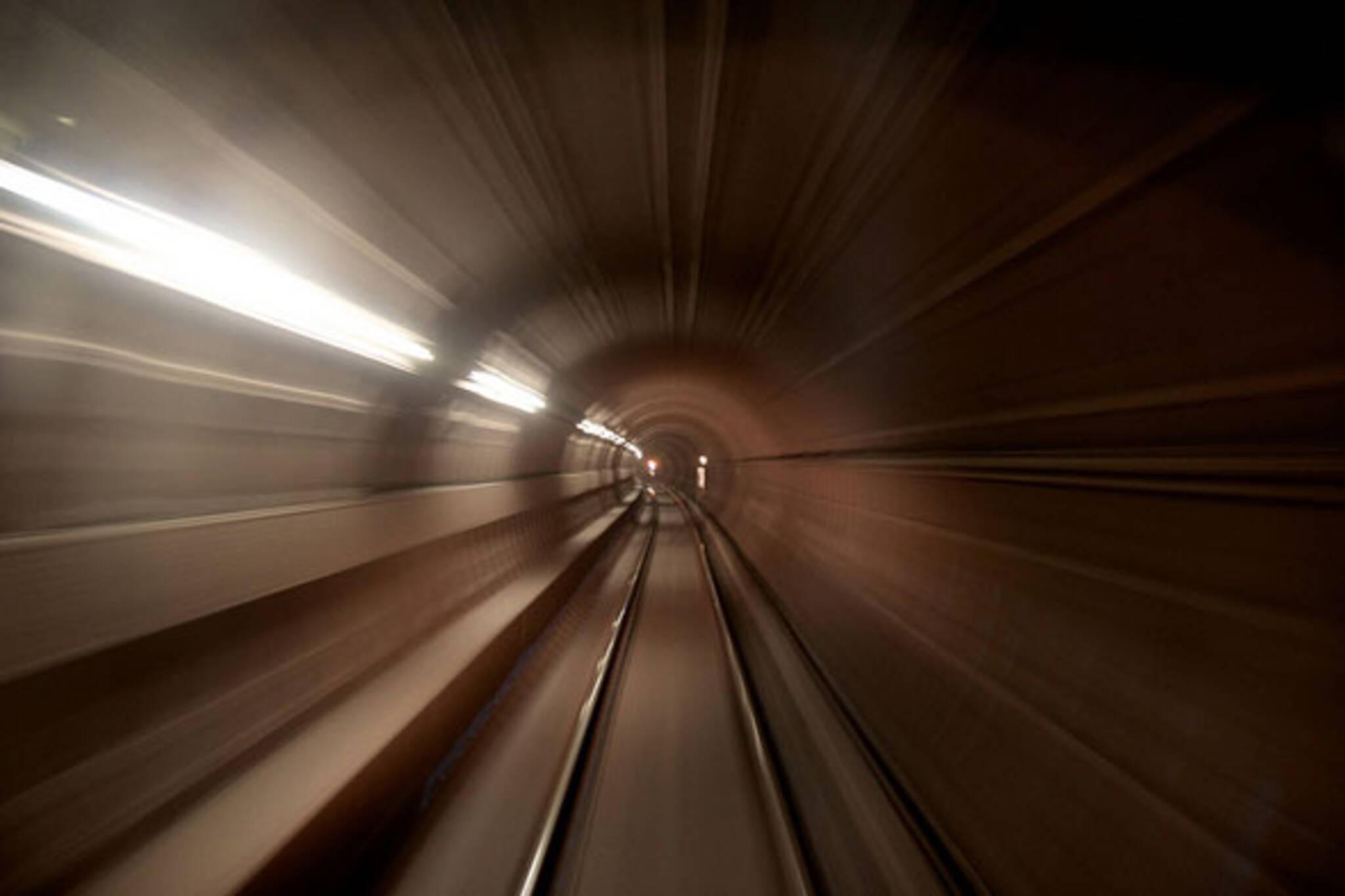 toronto subway tunnel