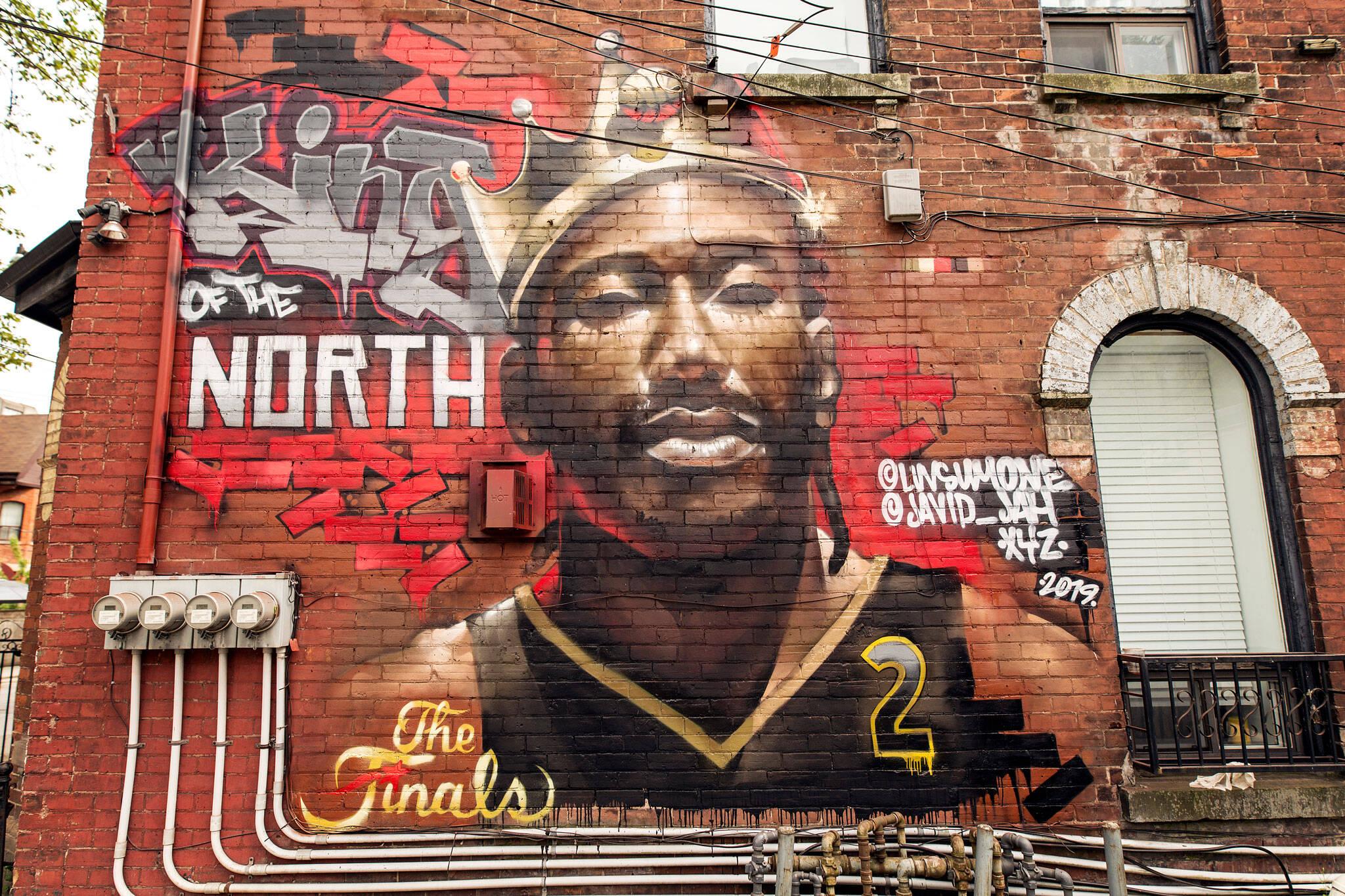 kawhi leonard mural toronto