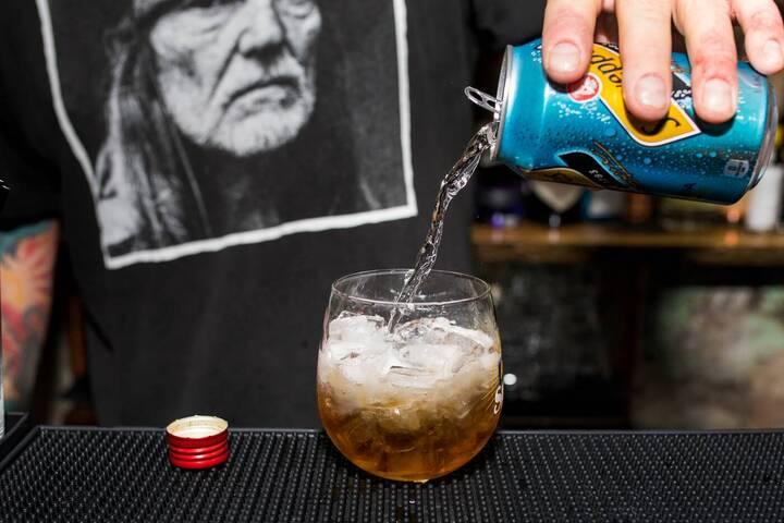 Hank's Liquor
