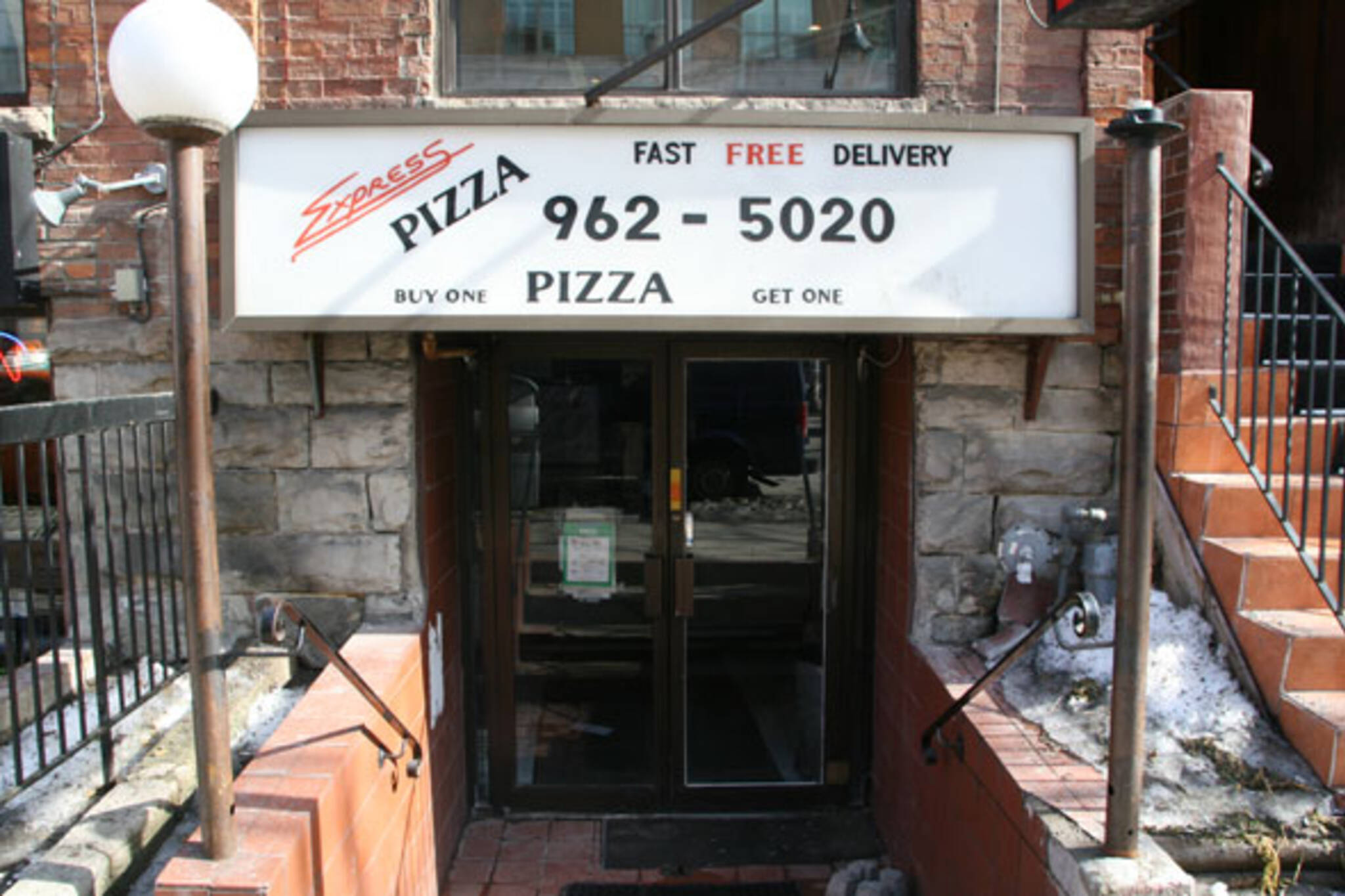 Express Pizza Toronto