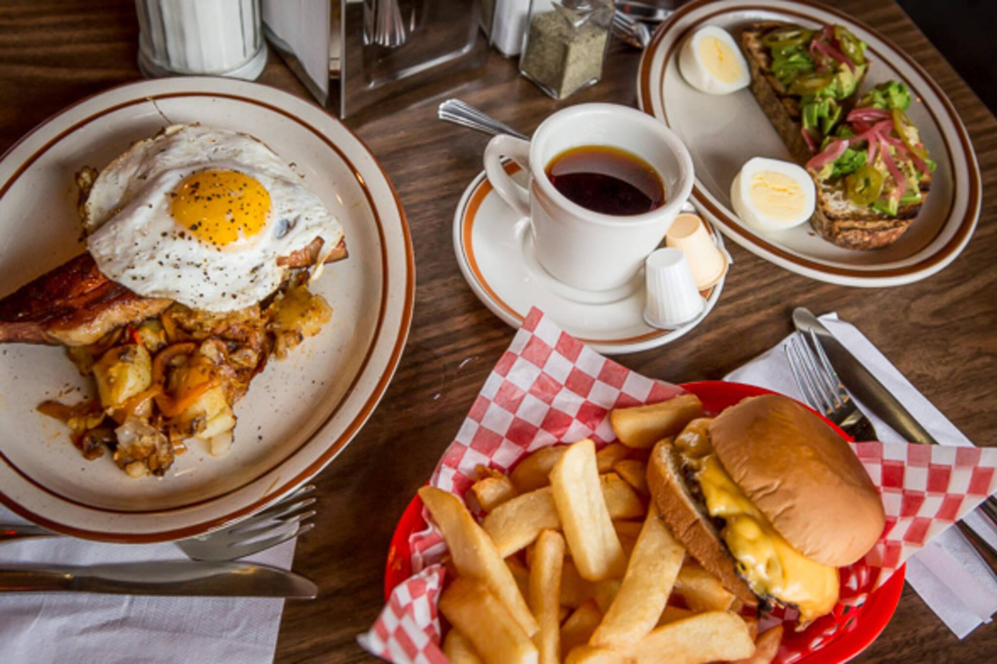 Harrys Diner Toronto