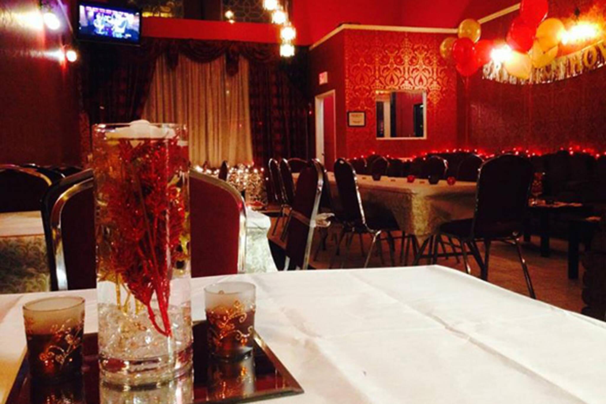 Red Nile Cafe Hookah Lounge