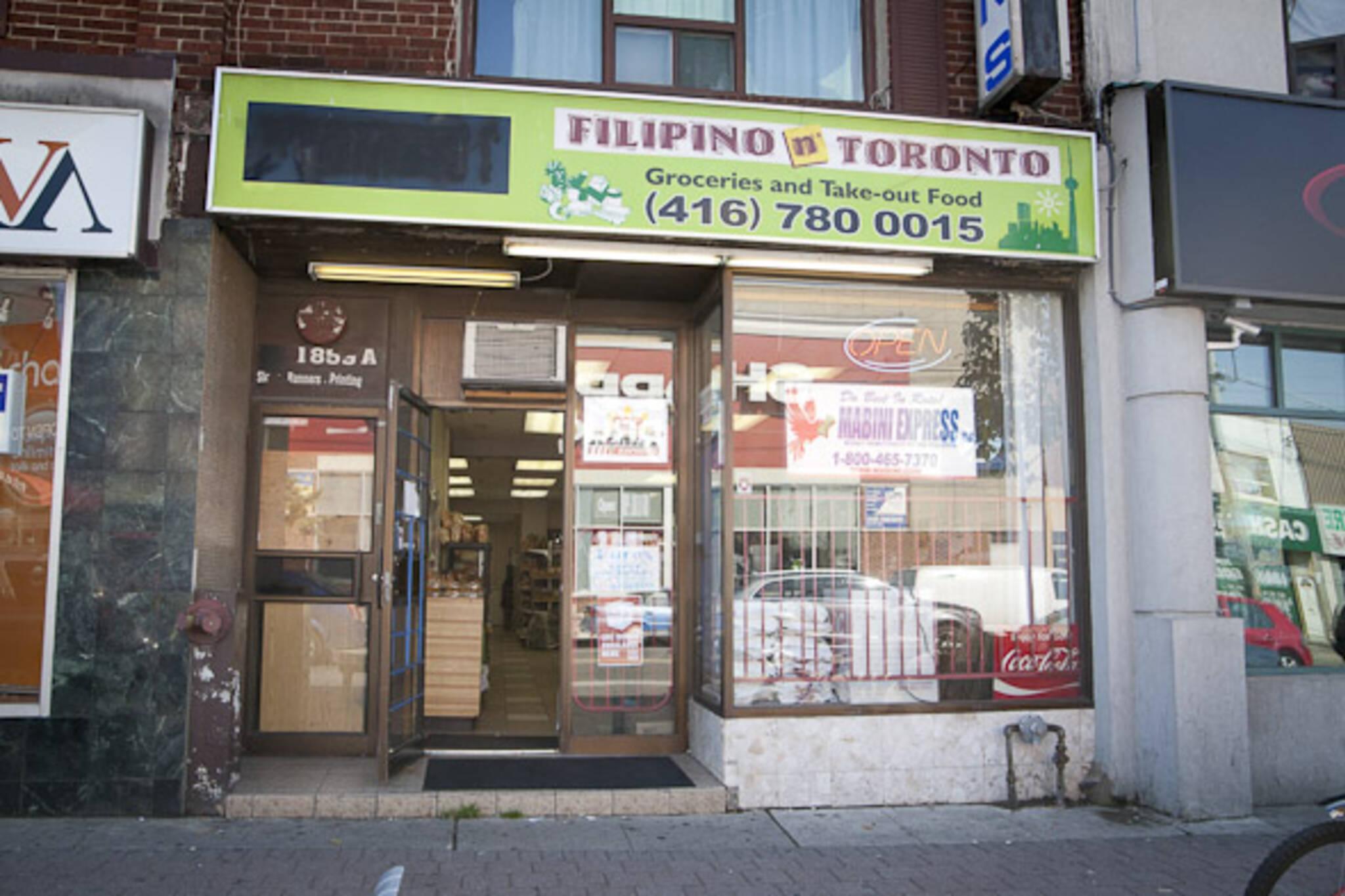 Filipino in Toronto