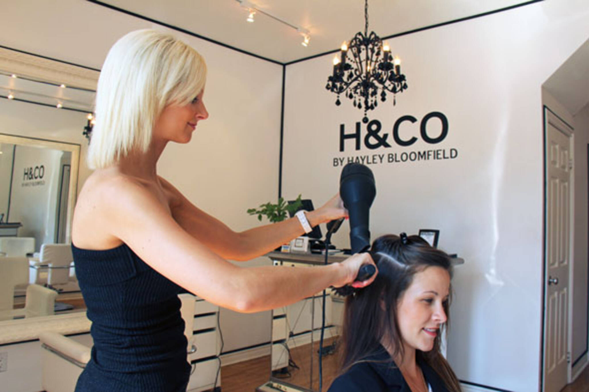 hair styling school toronto h amp co blogto toronto 6887 | 1c06 2012712 h co blowdry1