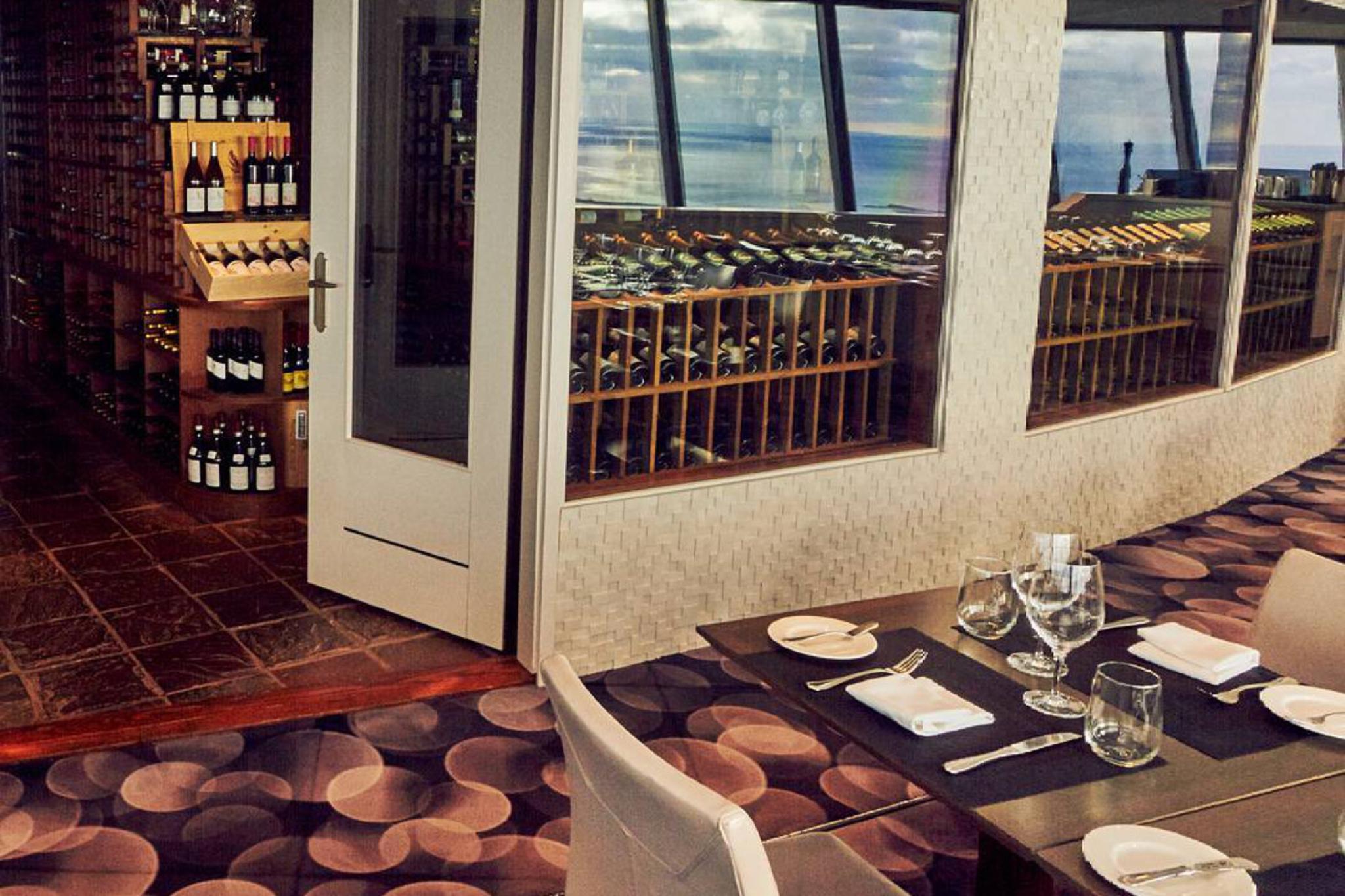 360 Restaurant Blogto Toronto