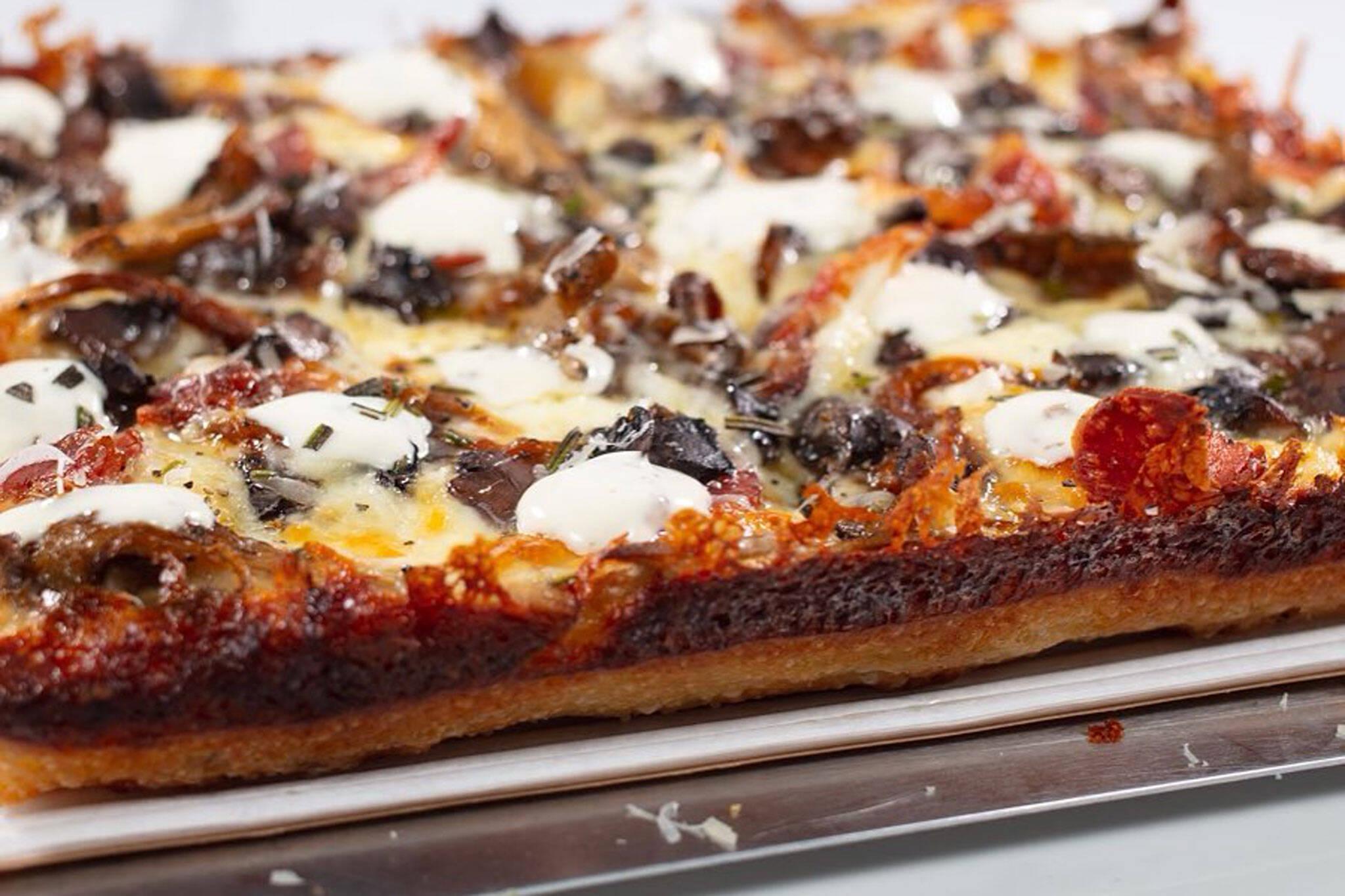 detroit pizzeria toronto
