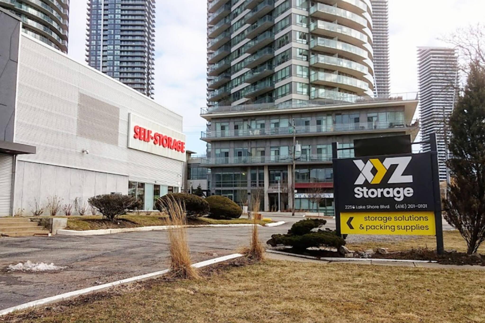 XYZ Storage Etobicoke