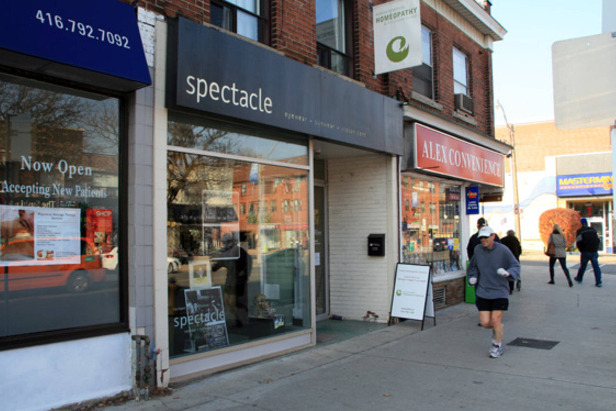 Spectacle Toronto