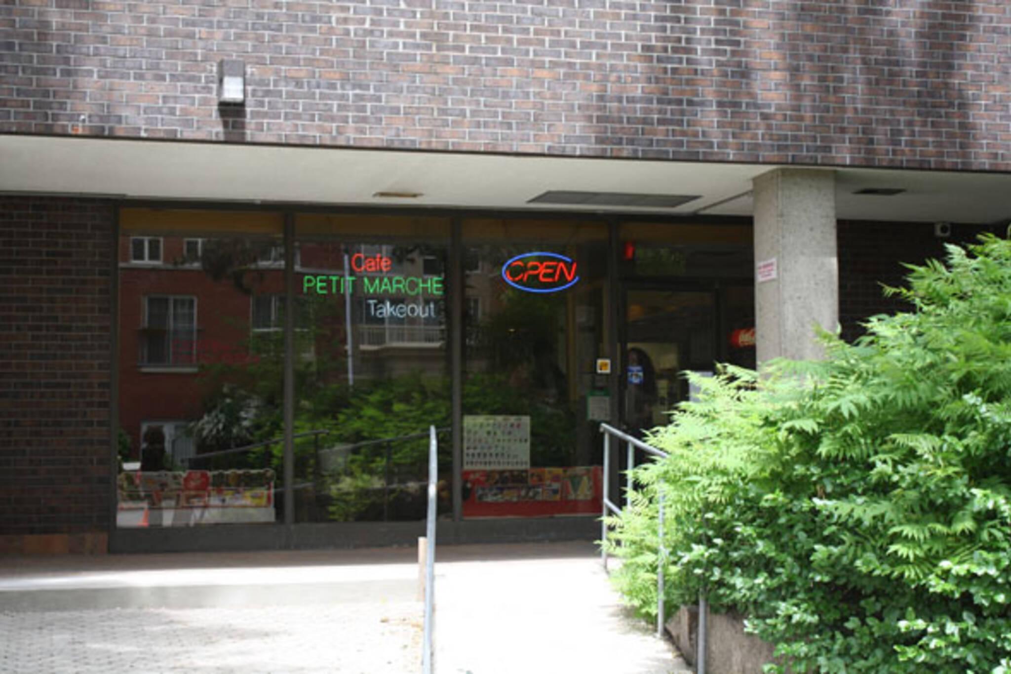 Cafe Petit Marche Toronto
