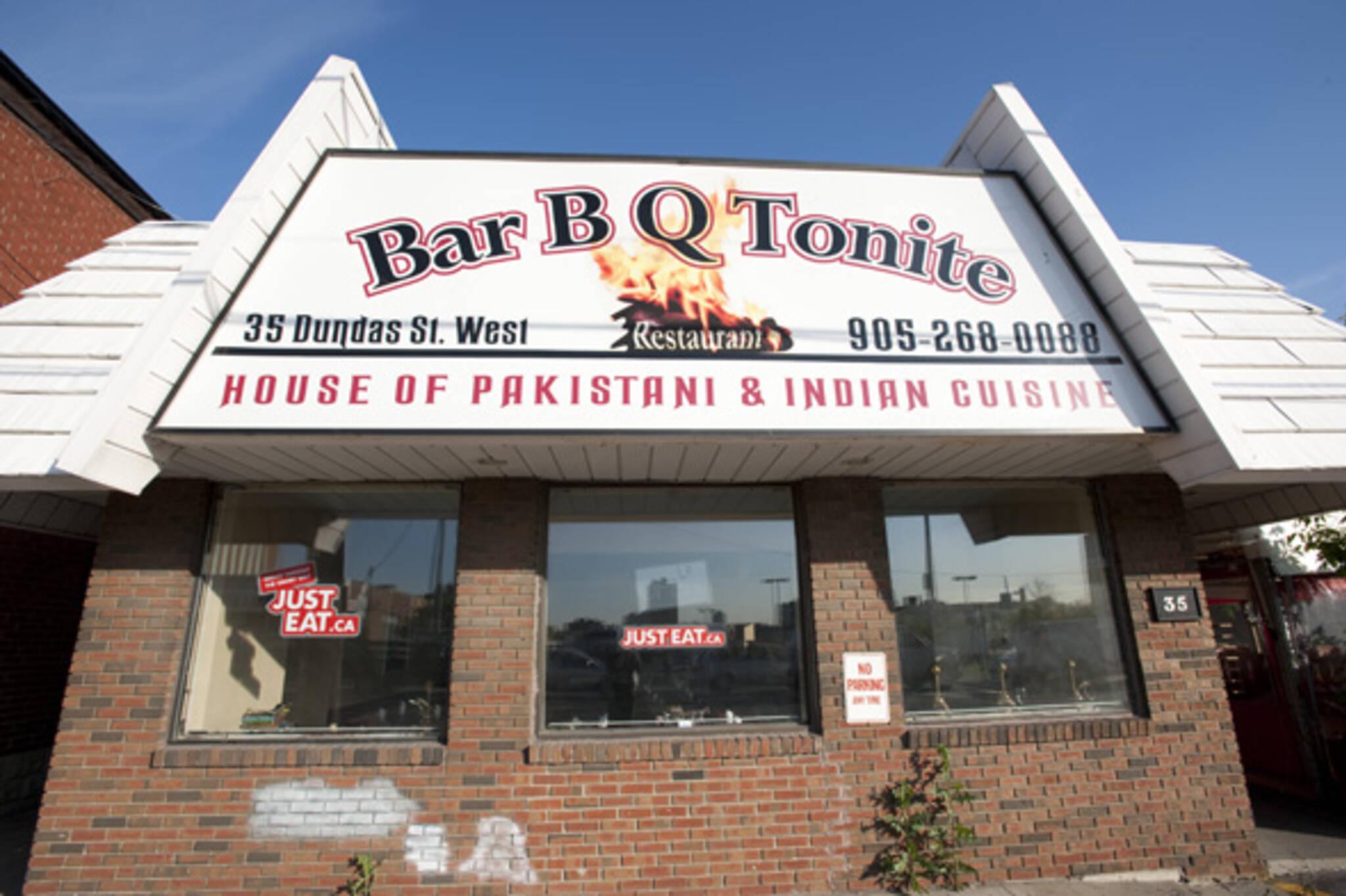 bar b q tonite mississauga restaurant
