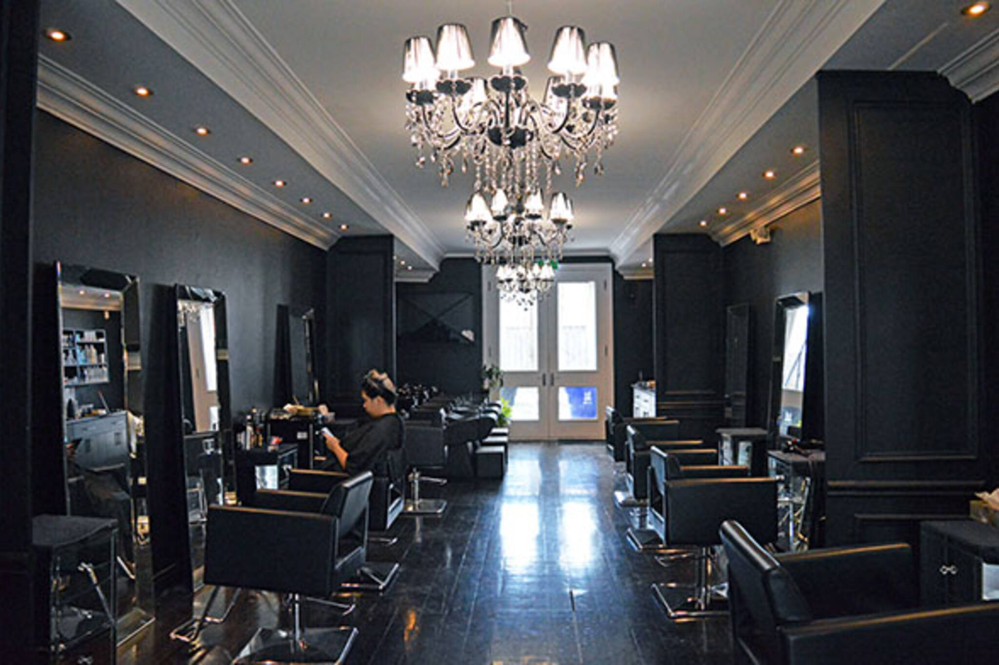 lisa dinh hair studio