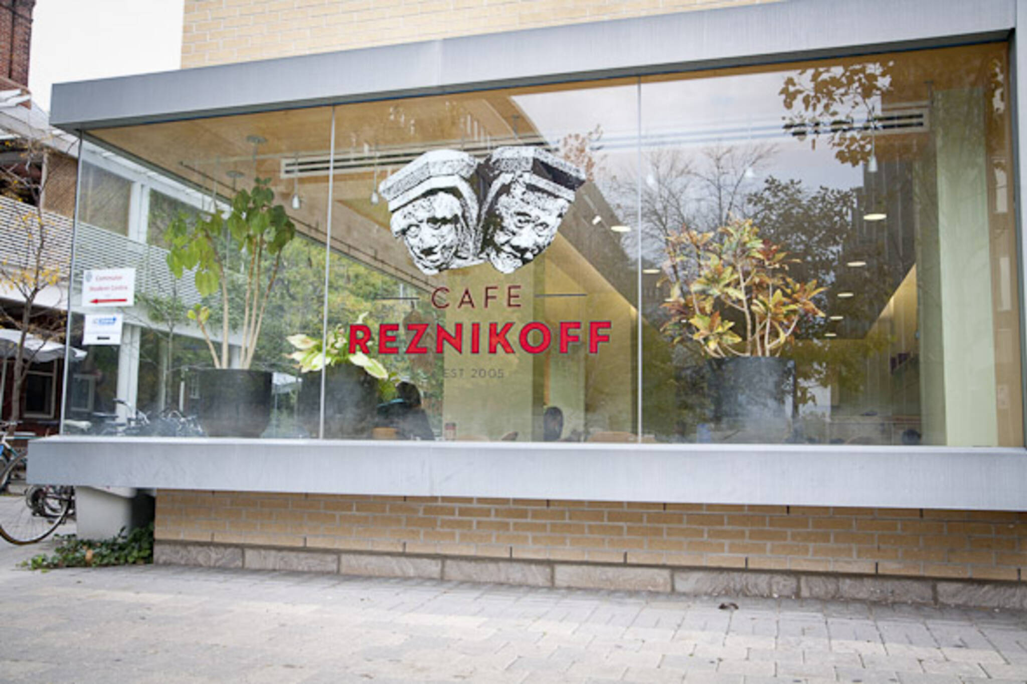 Reznikoffs Cafe