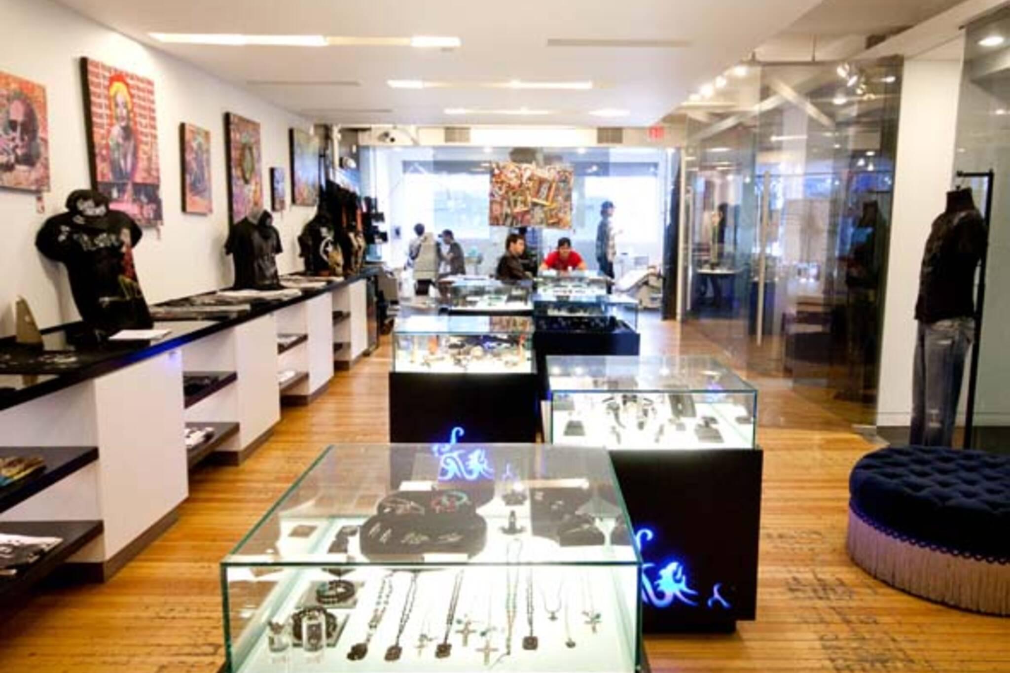 Black line Studio Toronto