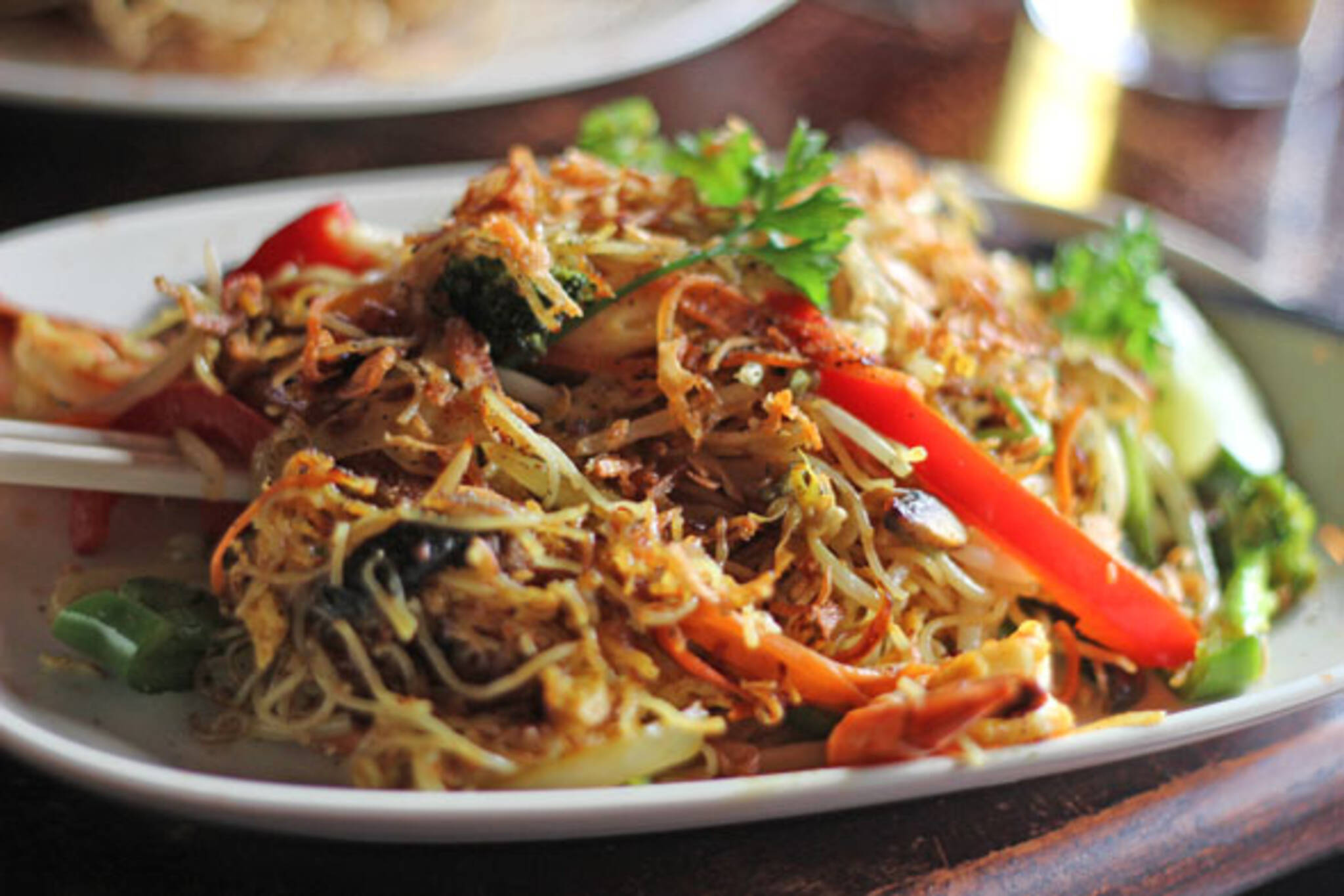 Pour Girl Singapore Noodles
