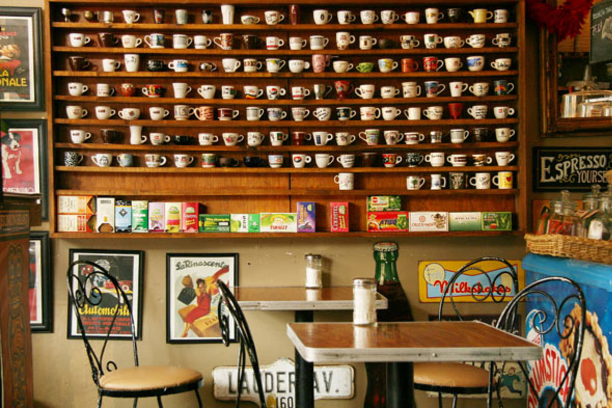 cafe163.jpg