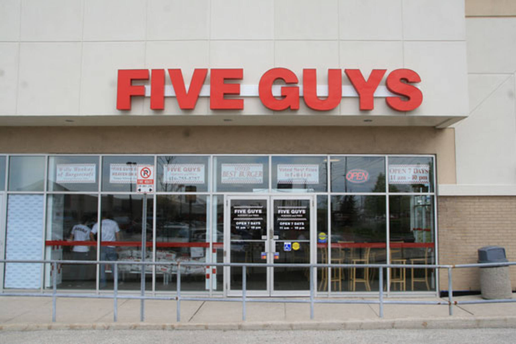 Five Guys Burgers Scarborough