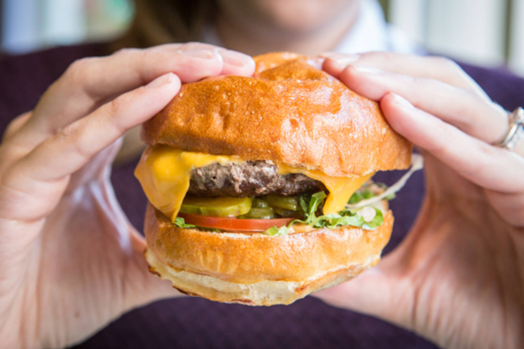 wahlburgers toronto
