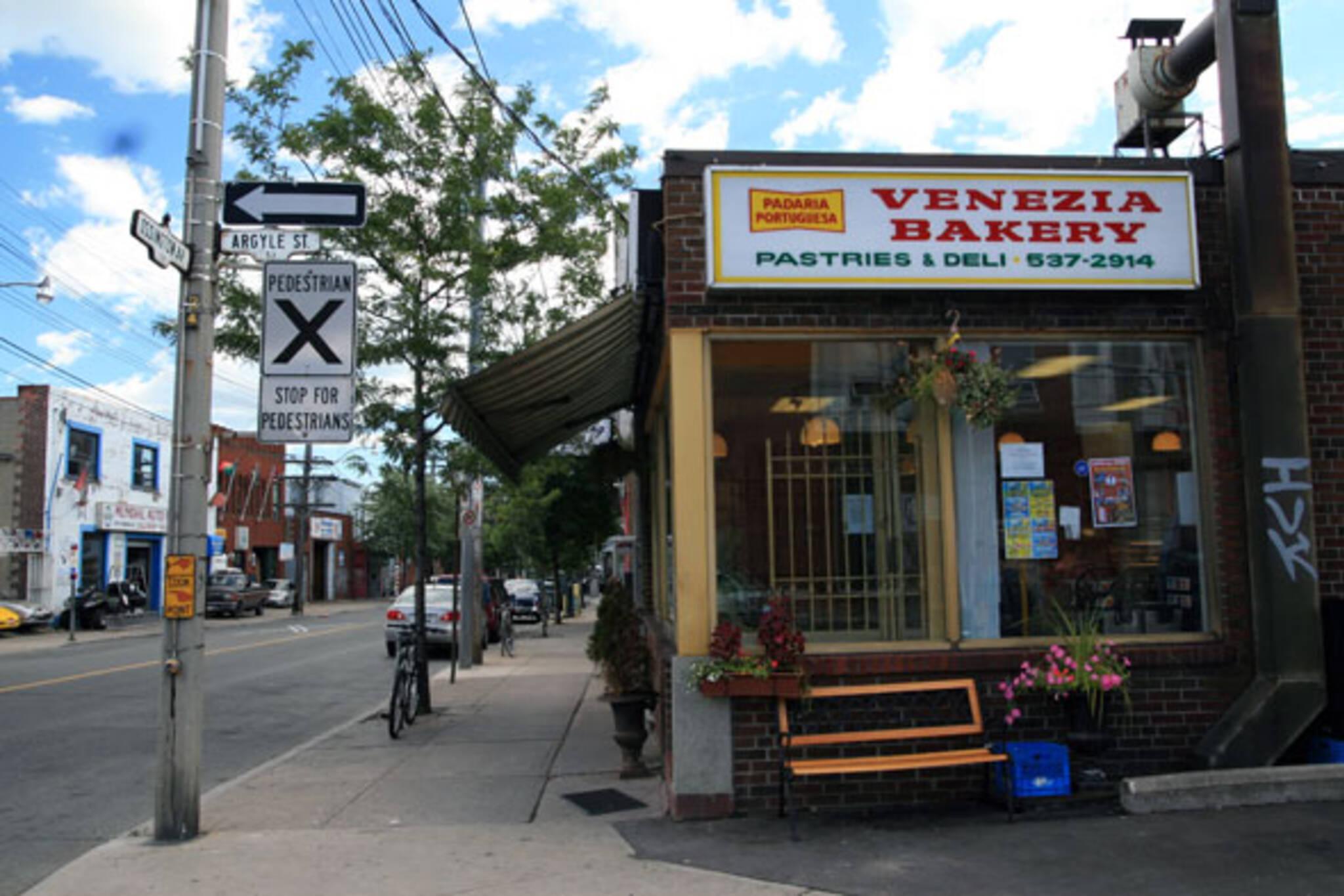 Venezia Bakery