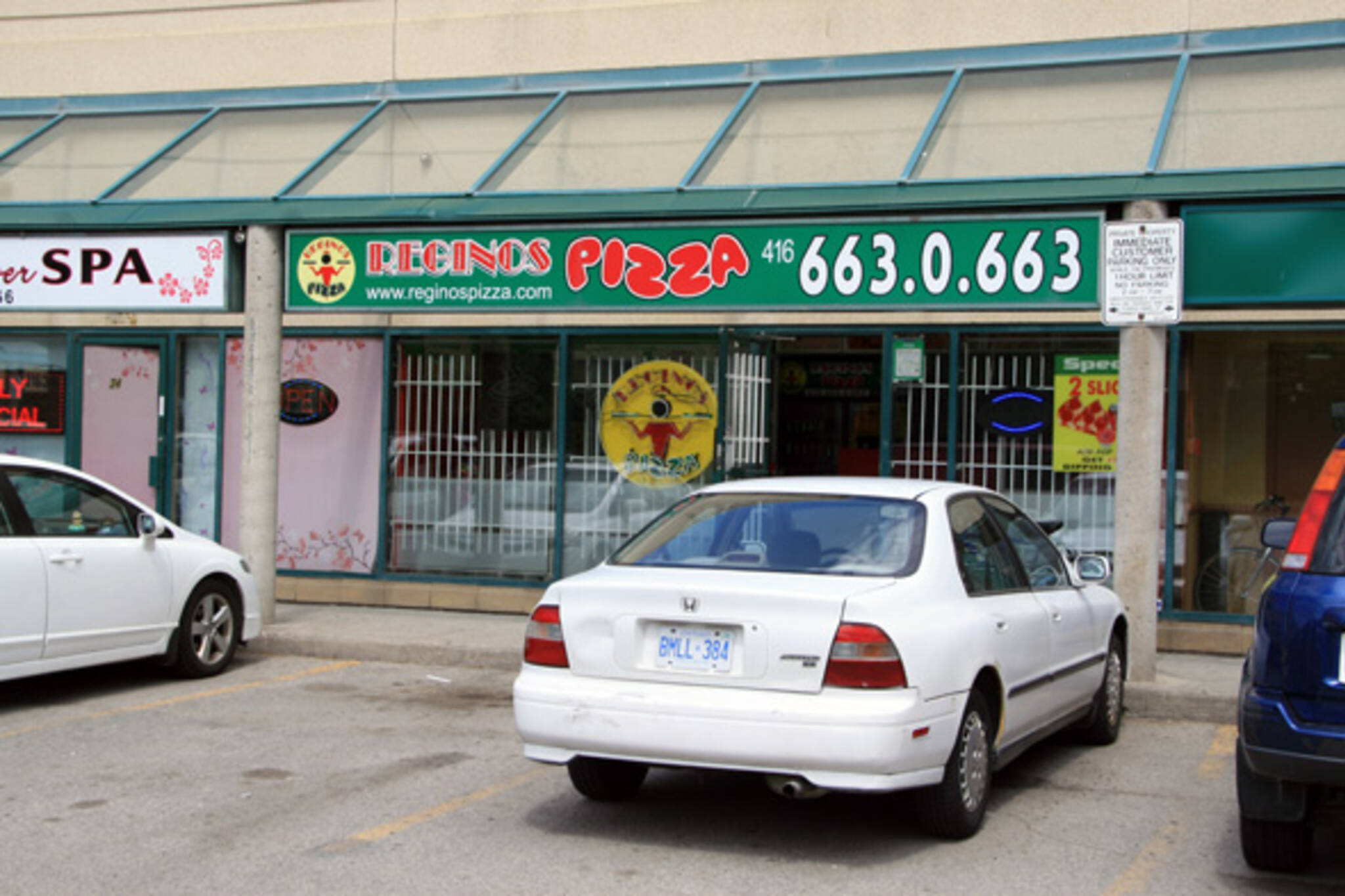 Reginos Pizza Toronto