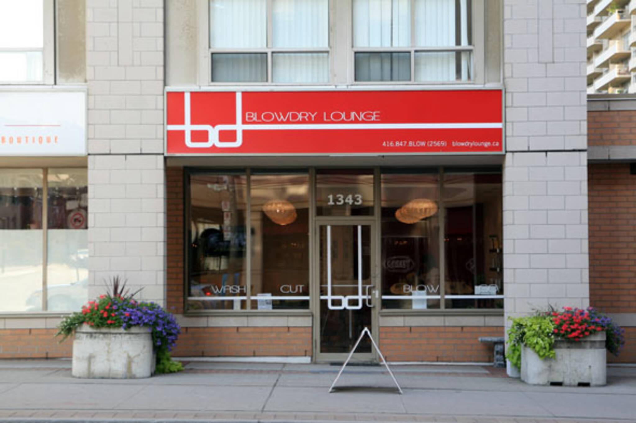 Blowdry Lounge