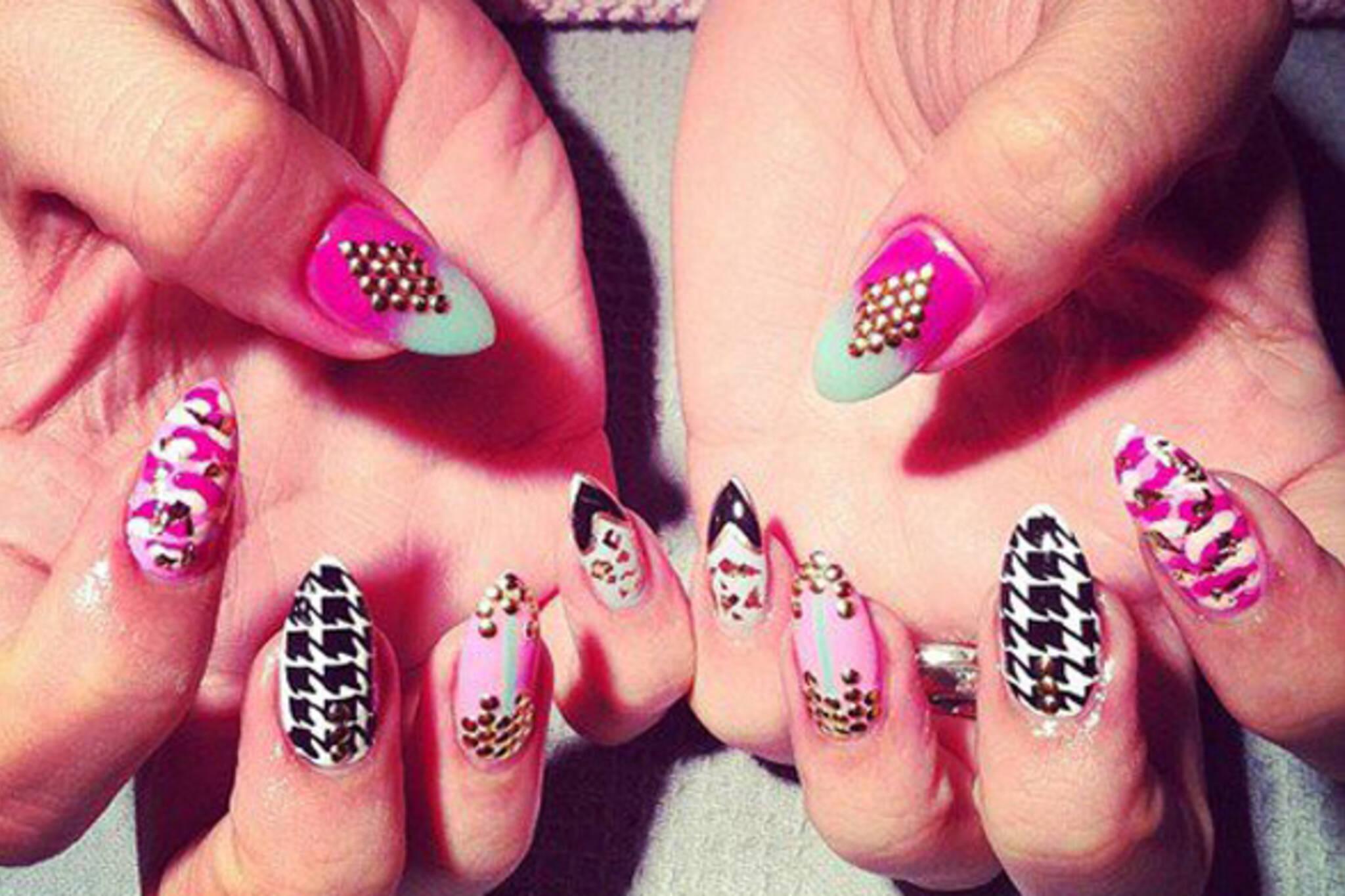 pinkys nails toronto