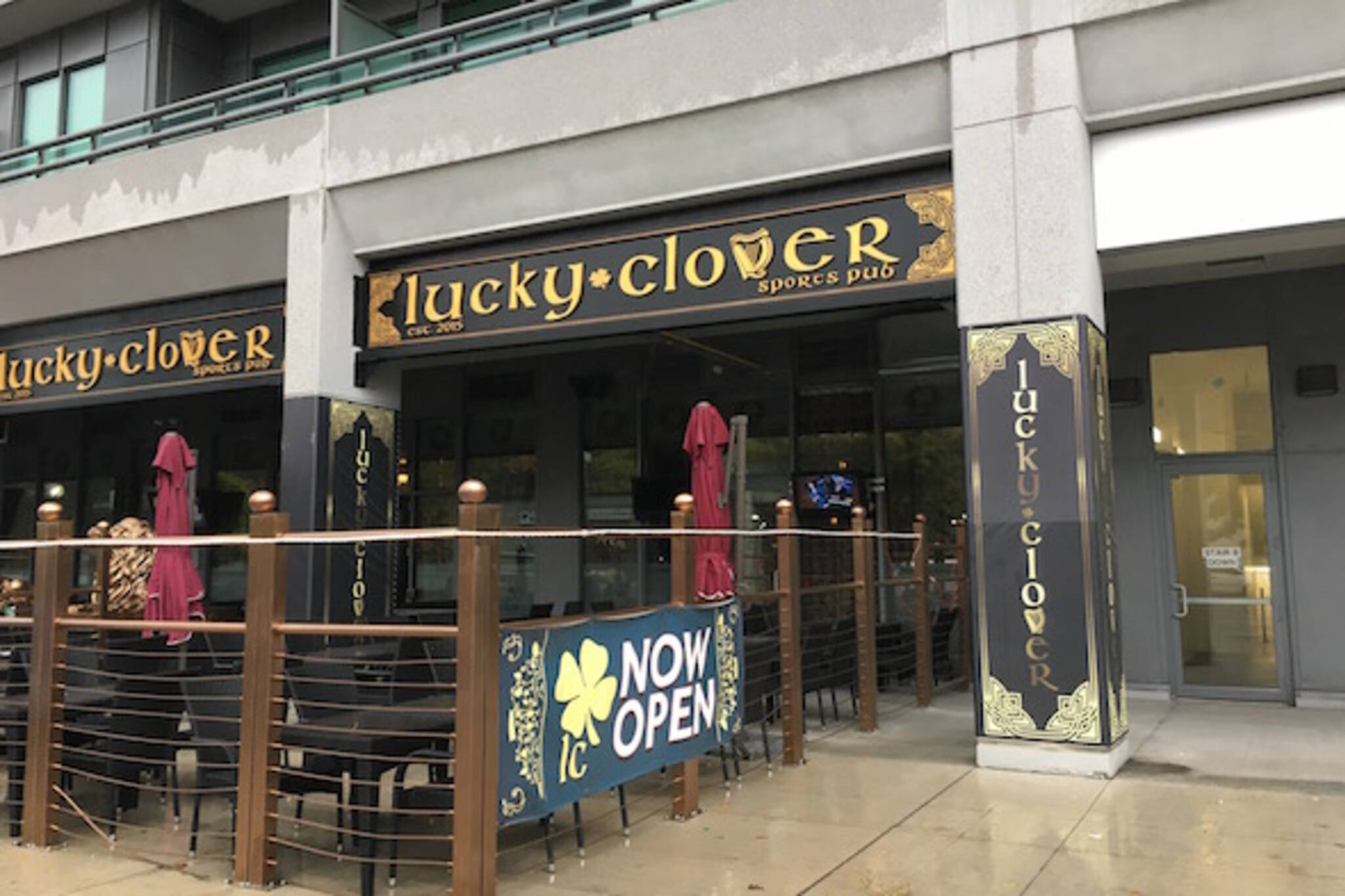 Lucky clover pub Toronto