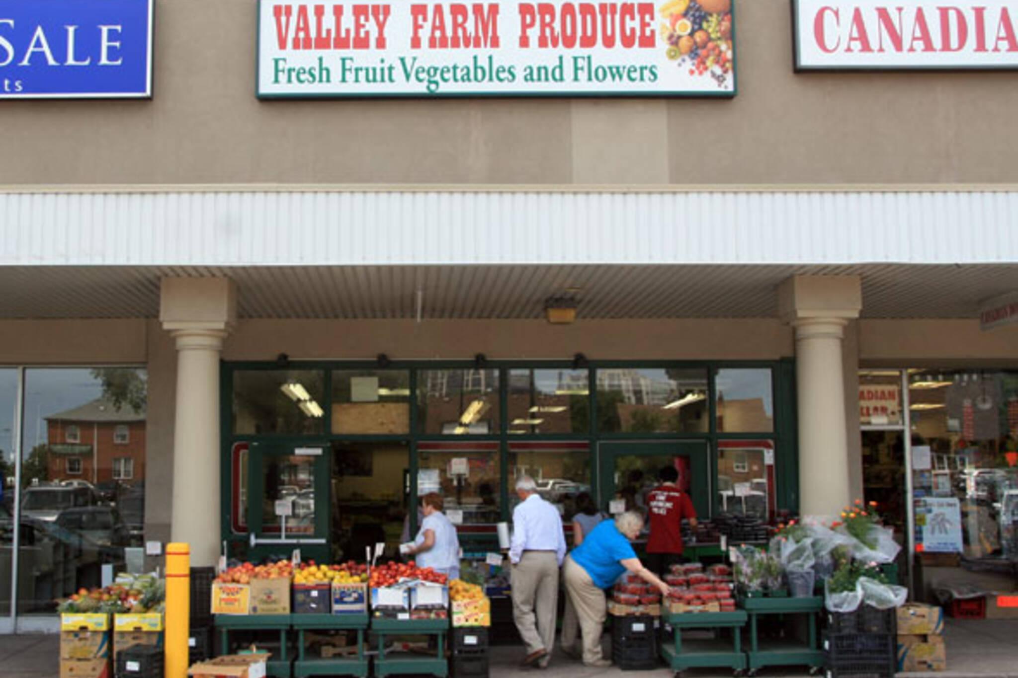 Valley Farm (Dundas St W)