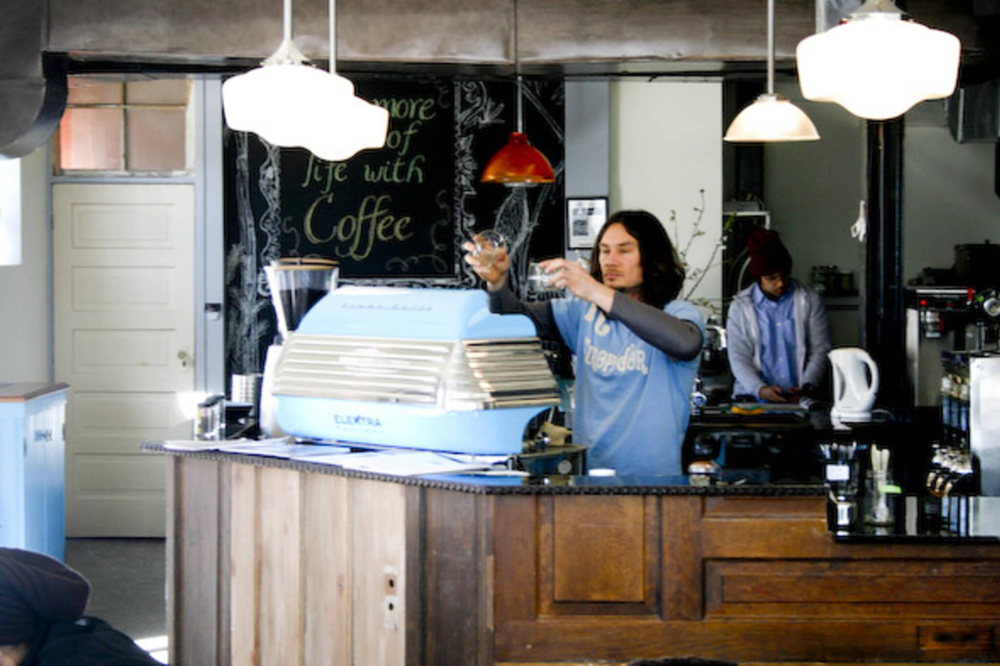 Voulez Vous Cafe