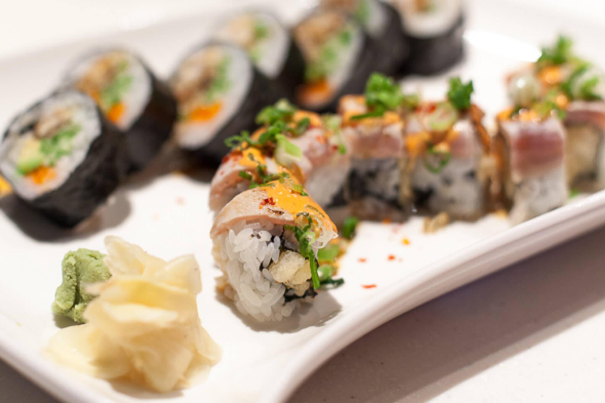 sushi moto toronto