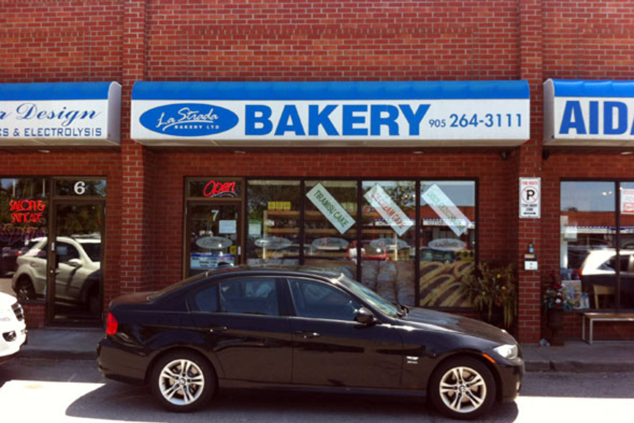 La Strada Bakery