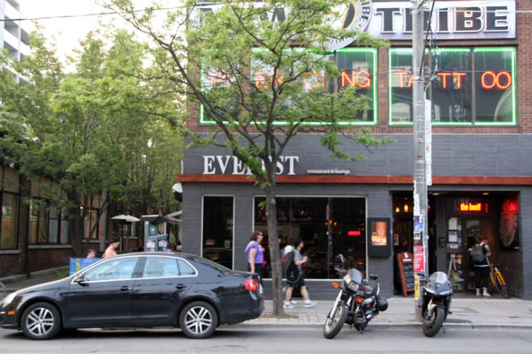 Everest Restaurant