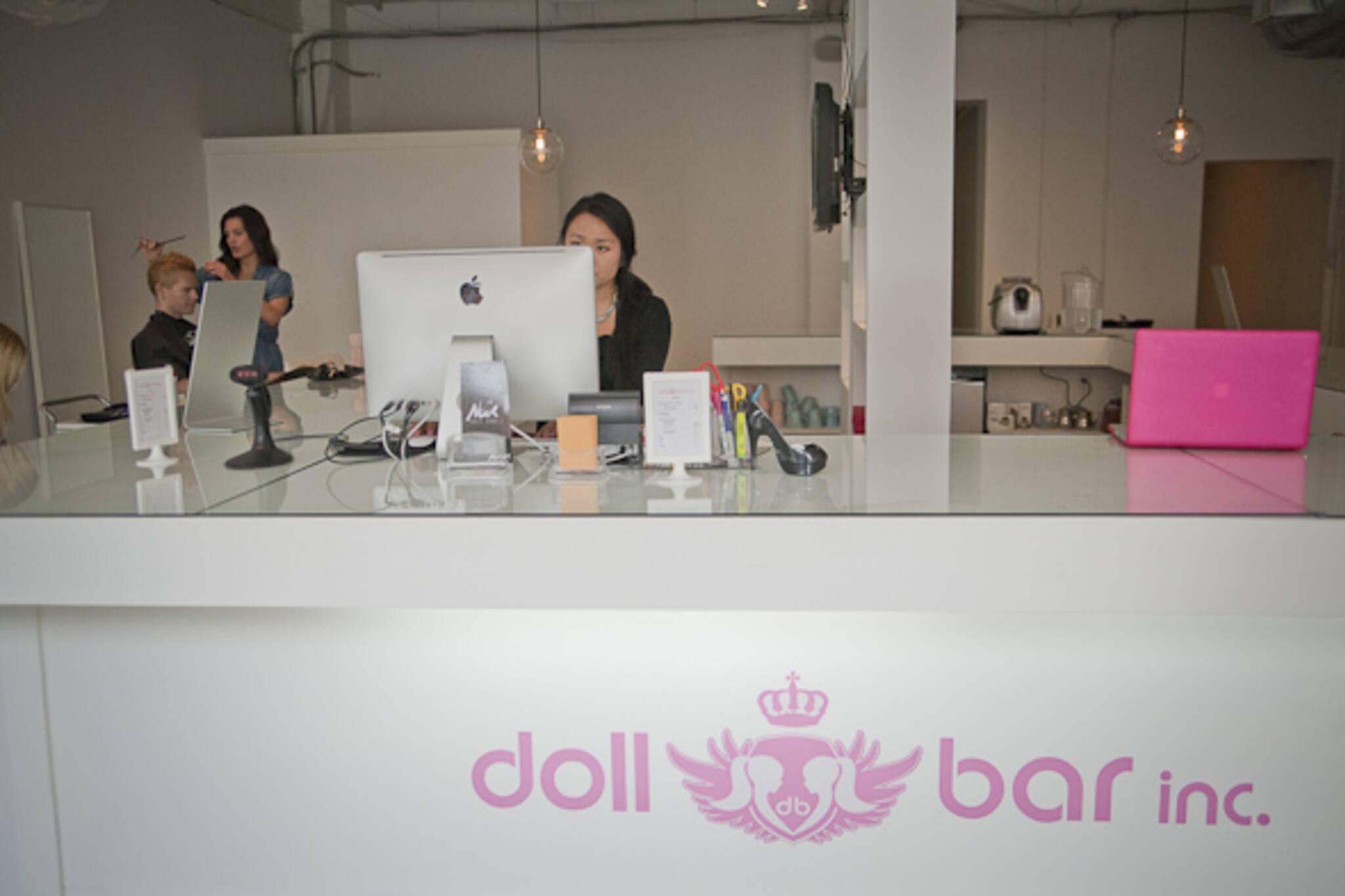Doll Bar