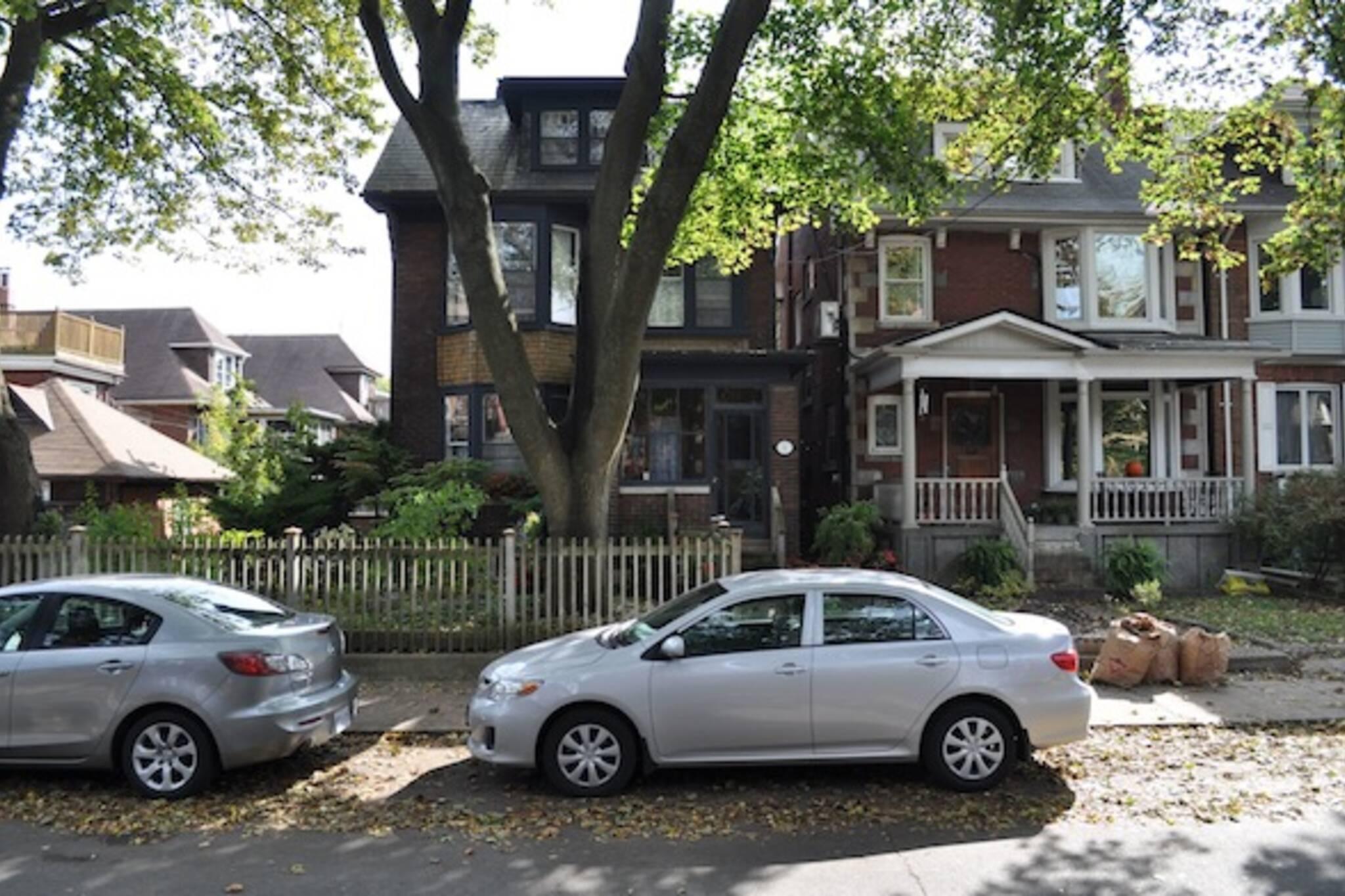 Algonquin House Toronto