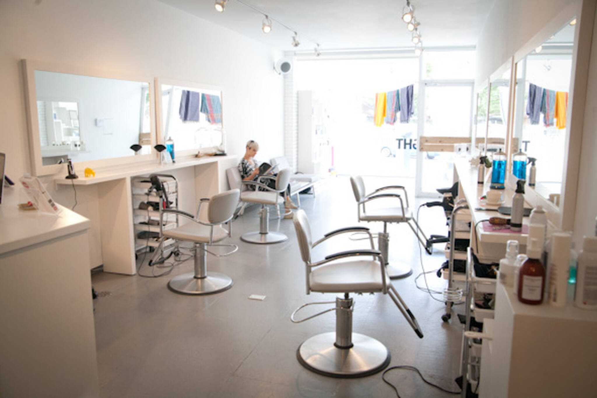 day and night salon toronto