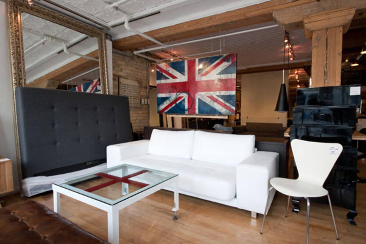 avenue road blogto toronto. Black Bedroom Furniture Sets. Home Design Ideas