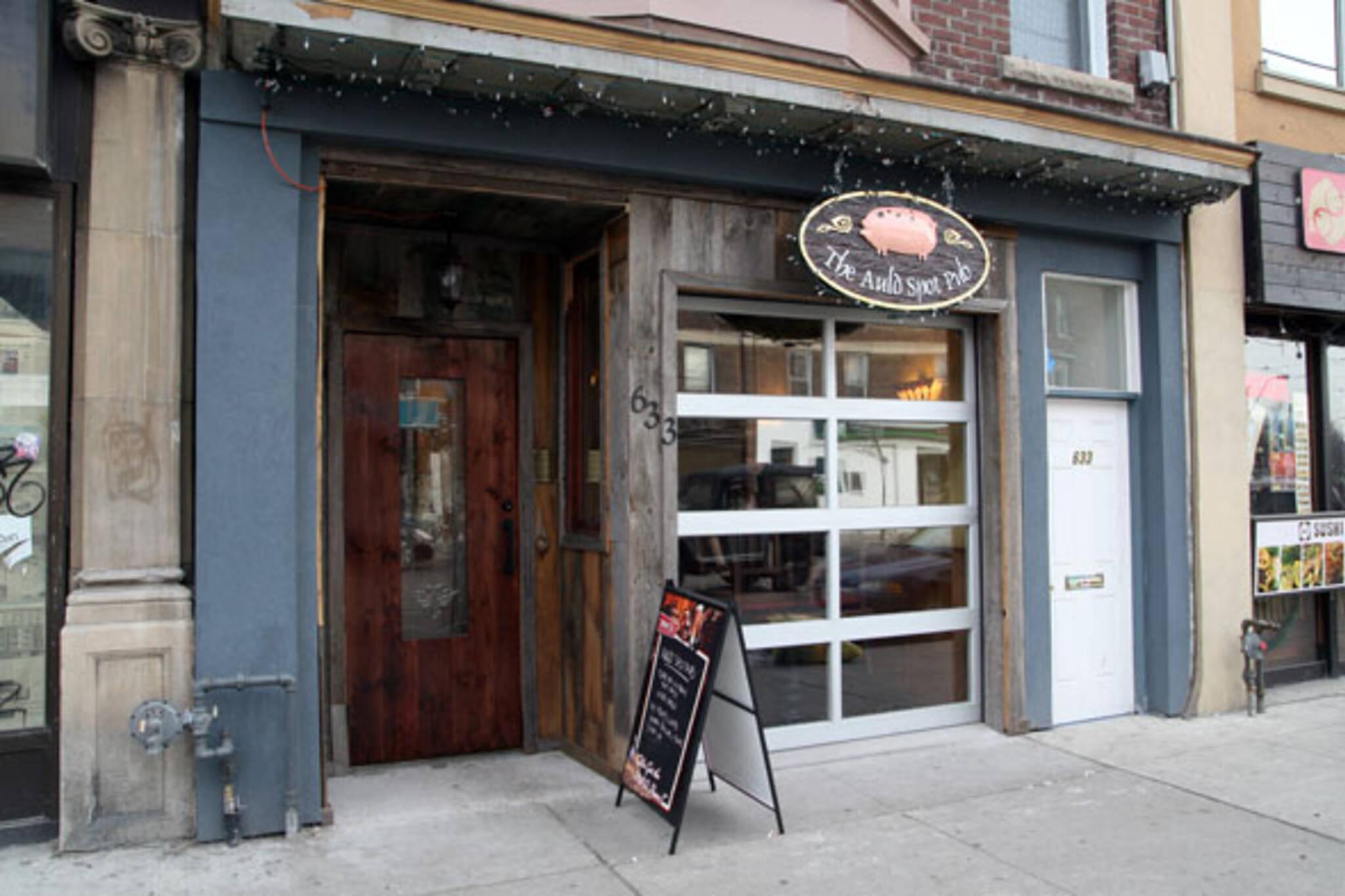 Auld Spot Pub College St. Toronto