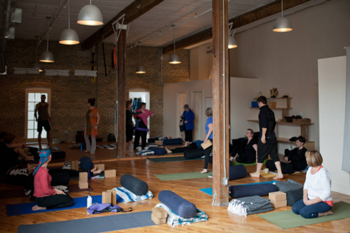 hotel yoga blogto toronto