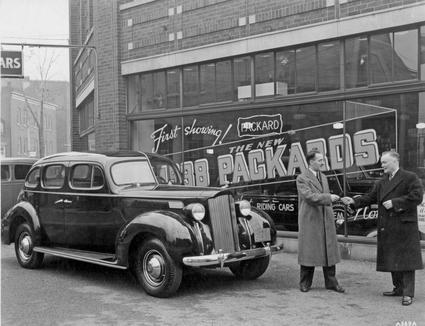 Toronto Car Sales >> What Car Dealerships Used To Look Like In Toronto