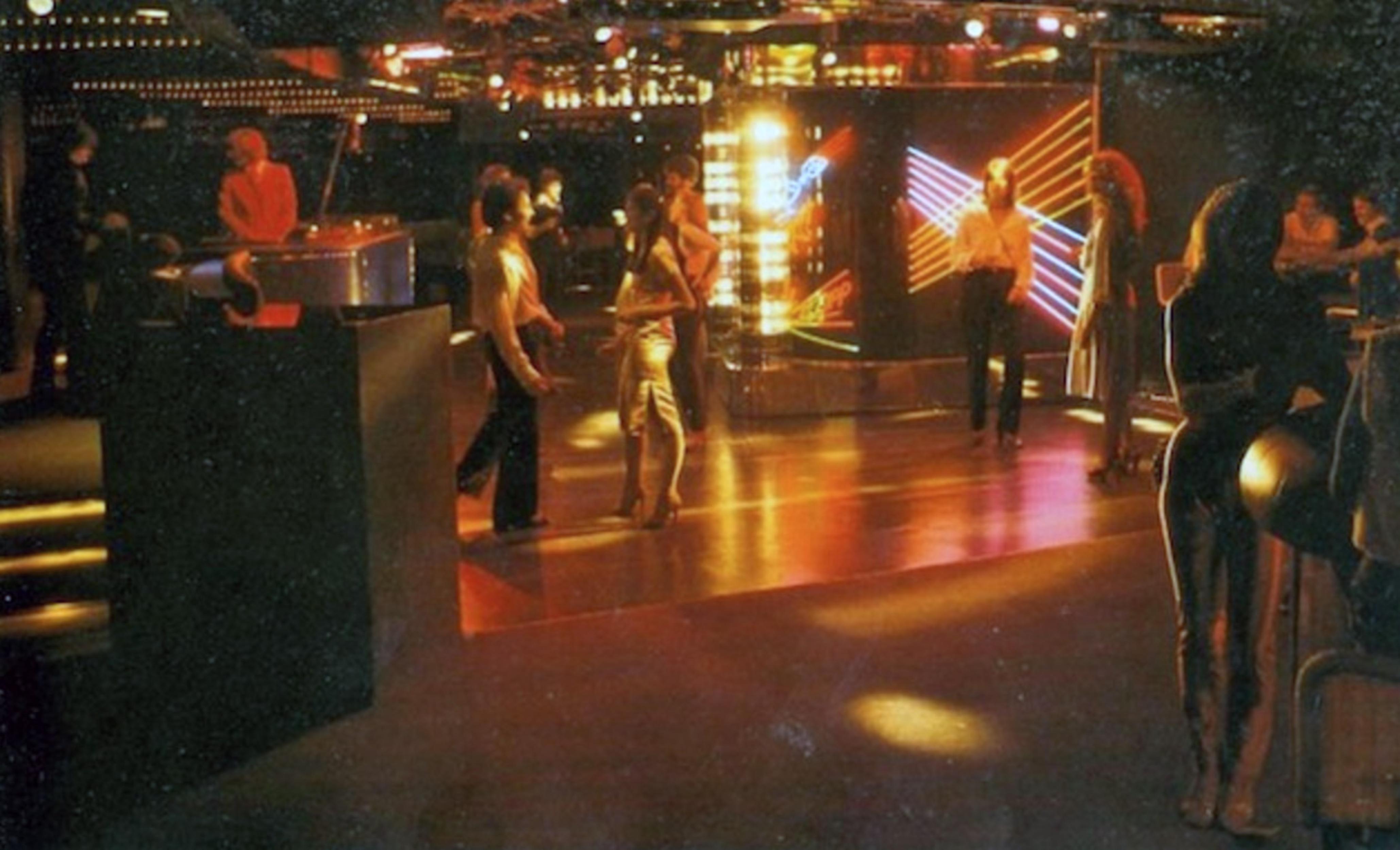 sparkles nightclub