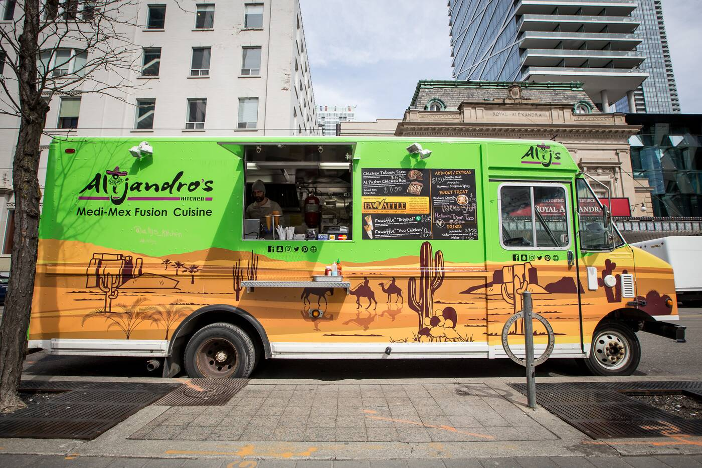 Alijandros Kitchen food truck Toronto