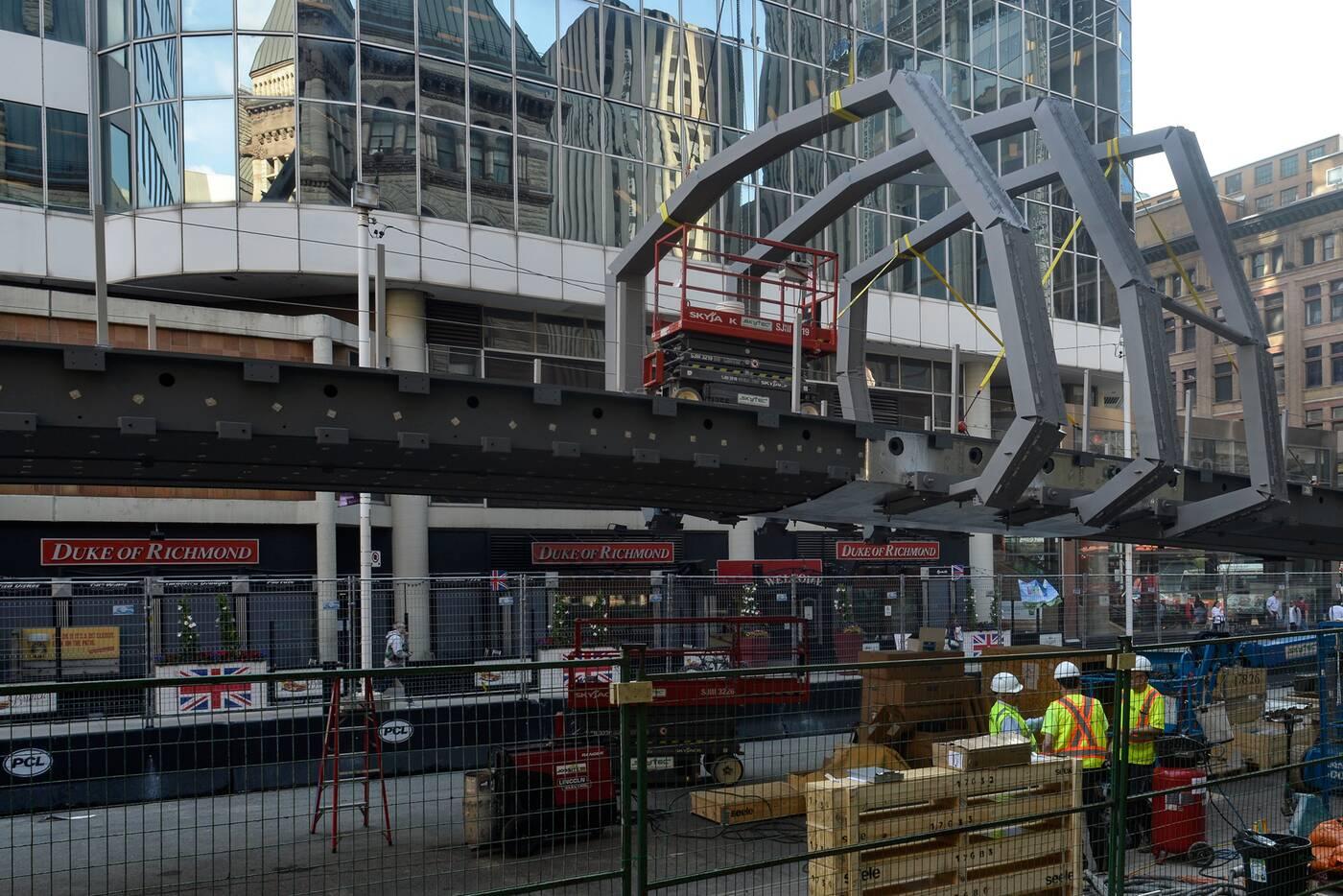 eaton centre skybridge