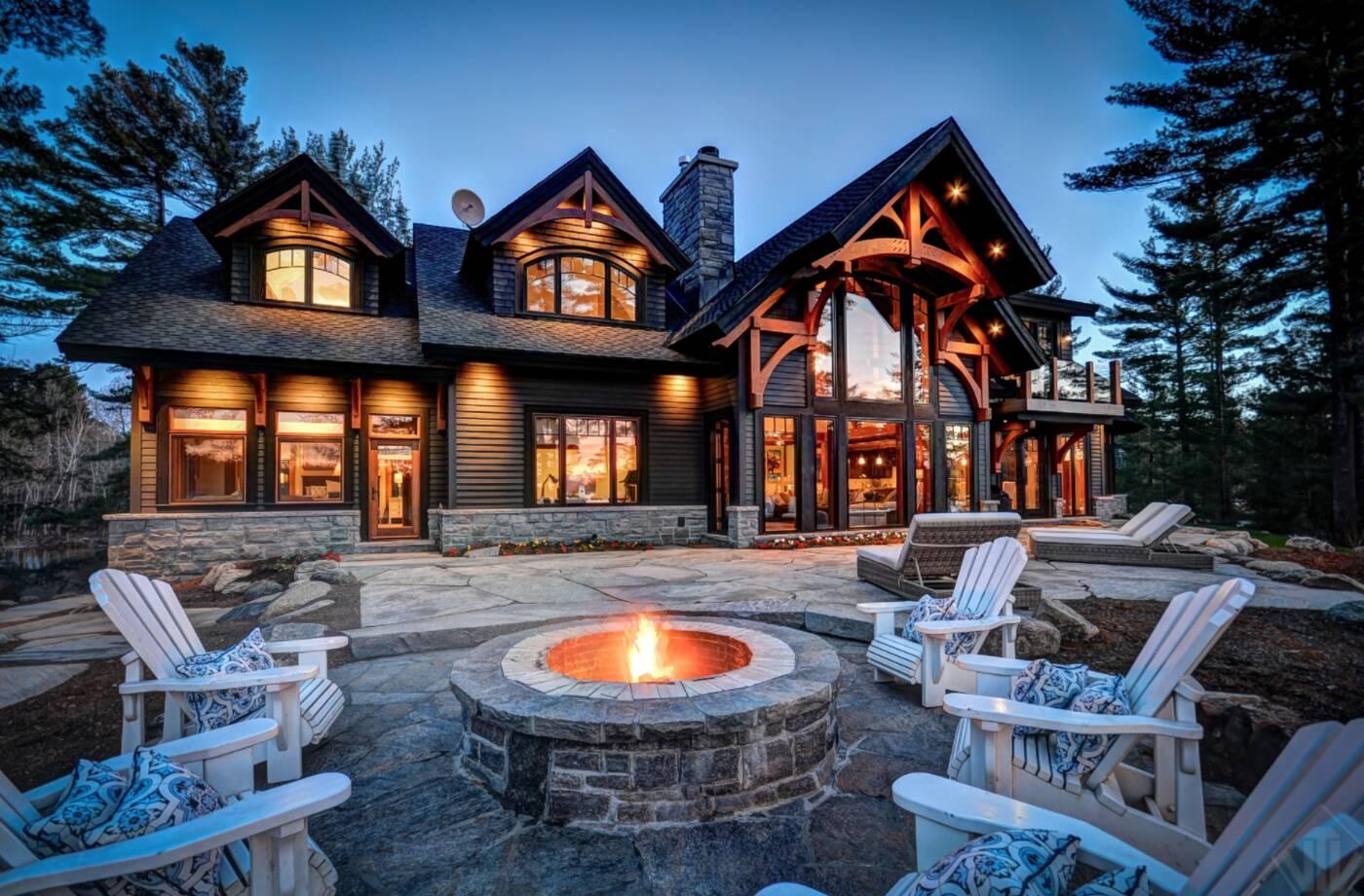 toronto cottage real estate