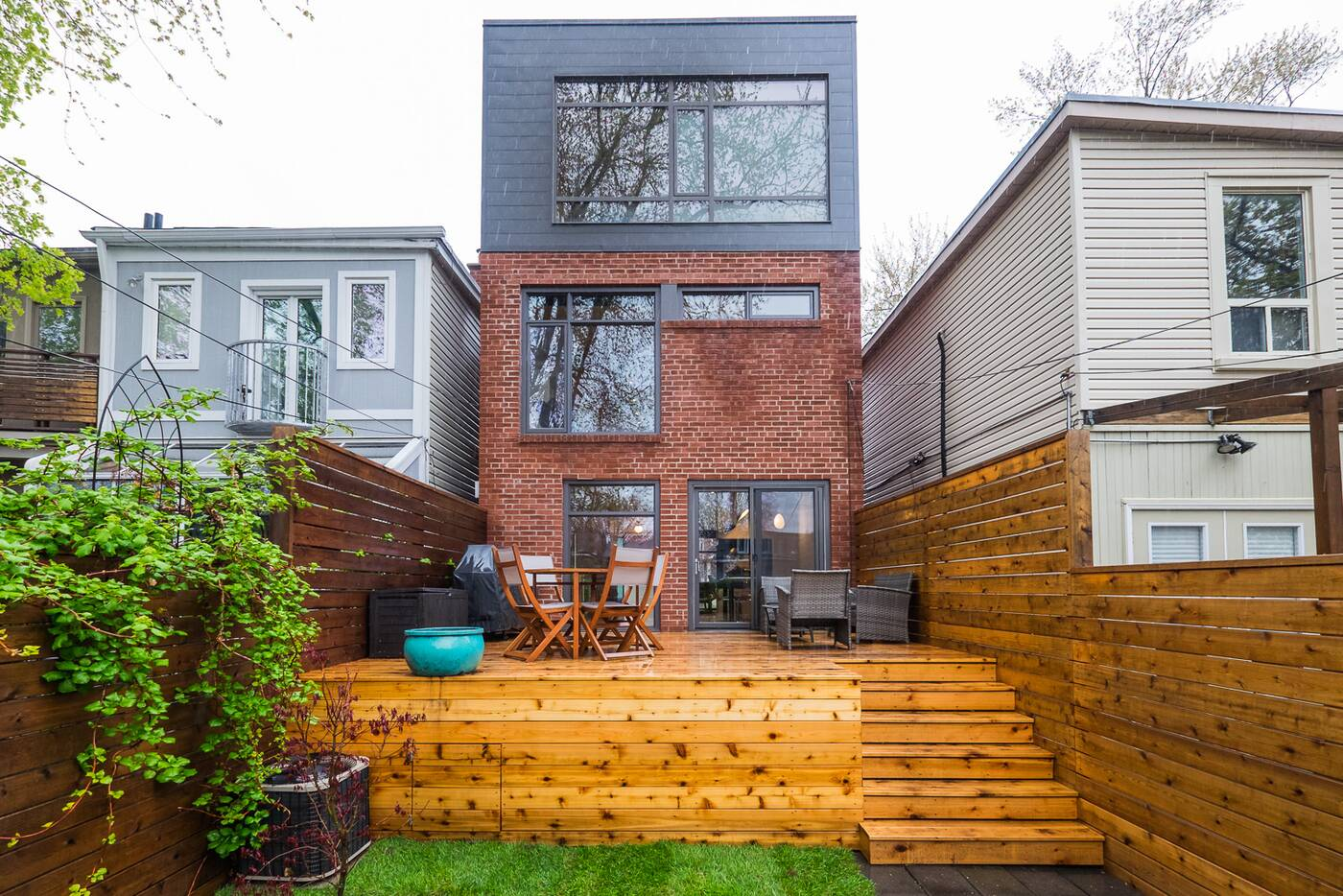 211 Bain Avenue Toronto