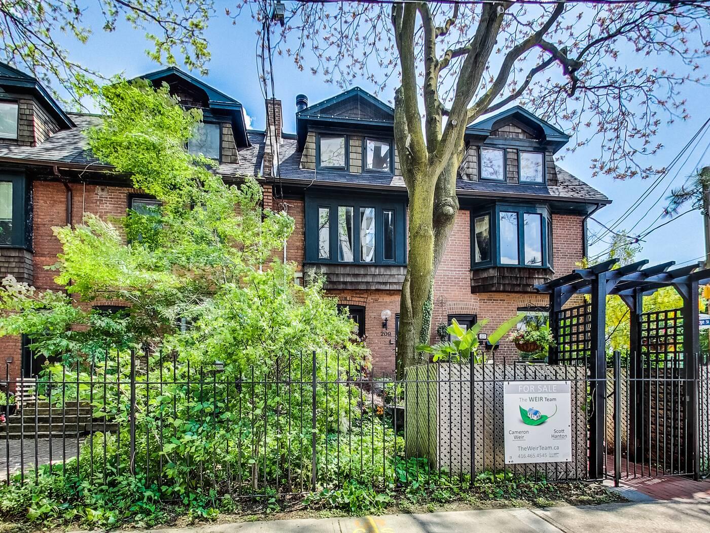 209 George Street Toronto